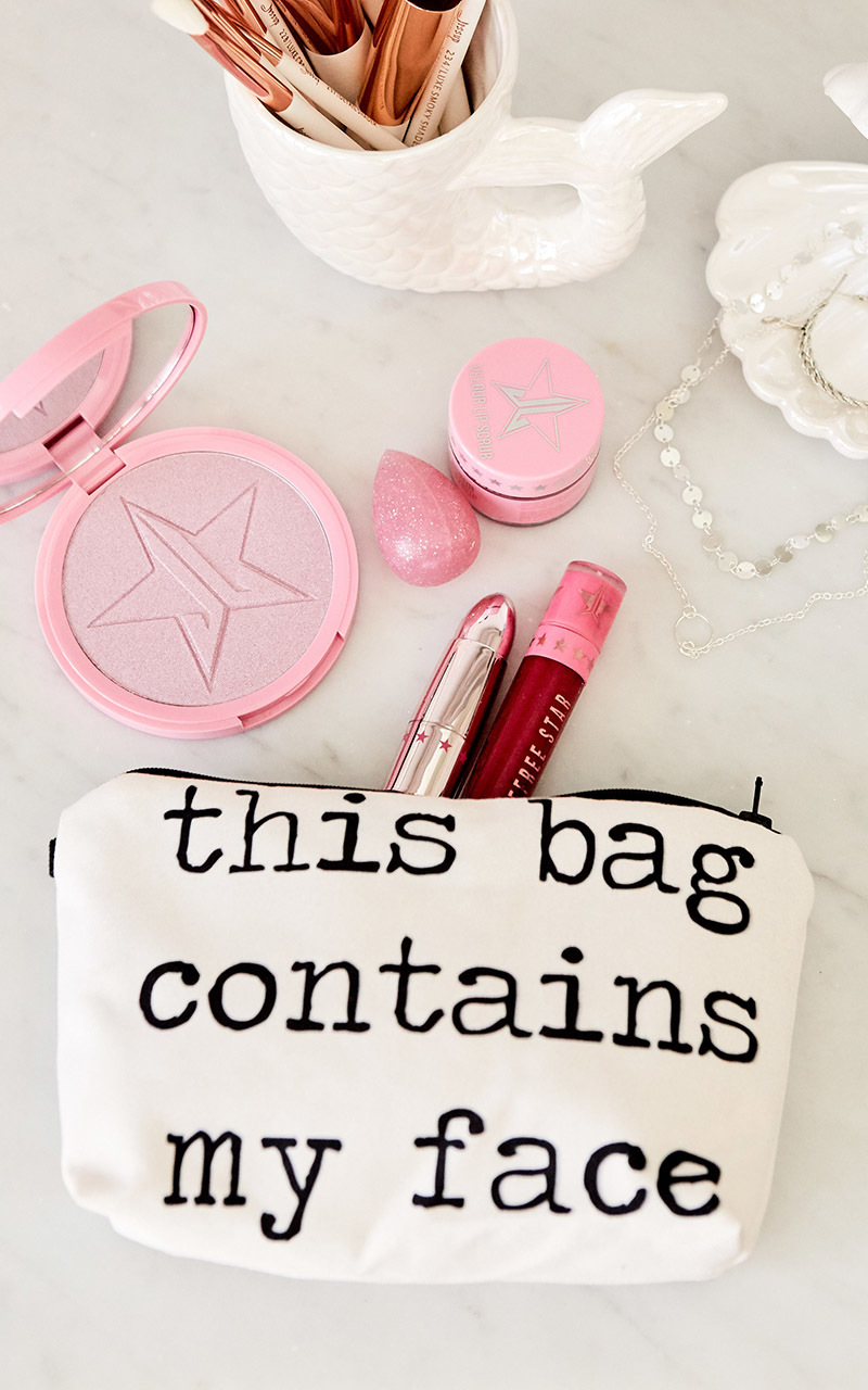 Face Container makeup pouch in white, , hi-res image number null