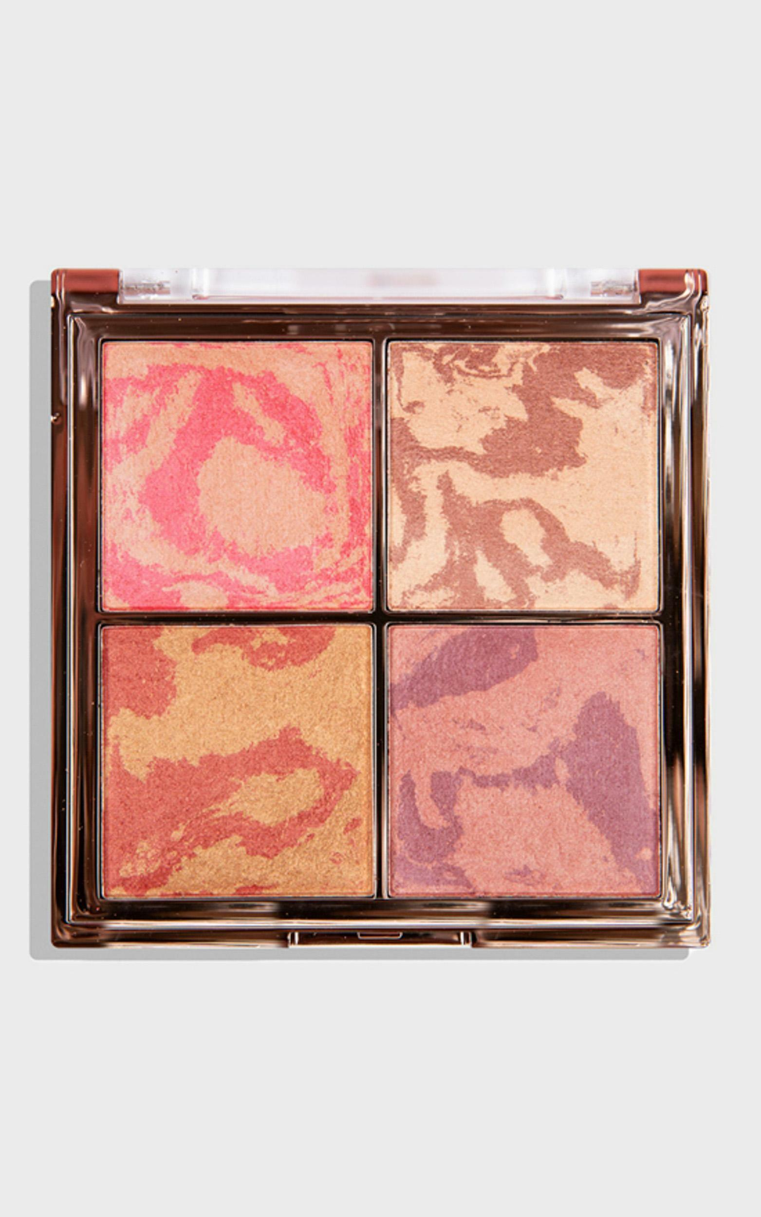 MCoBeauty - The Beauty Edit Highlight & Glow Quad in Multi, MLT1, hi-res image number null