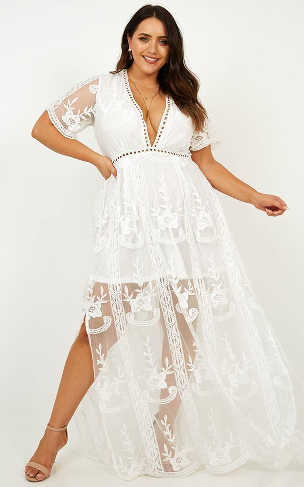 Love Spell maxi dress in White Lace - 20 (XXXXL), White, hi-res image number null