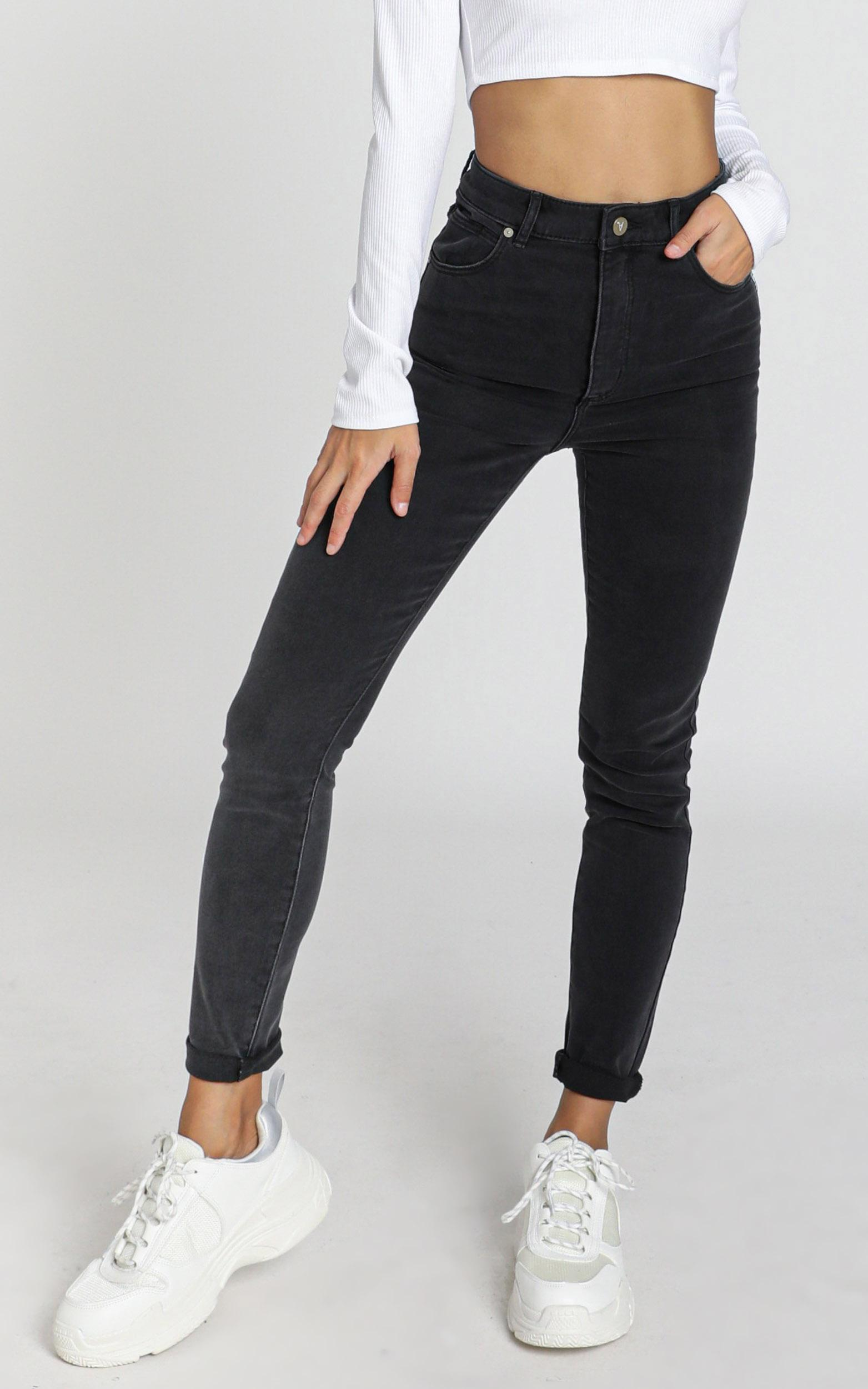 Abrand - A High Skinny Ankle Basher Jeans in graphite - 14 (XL), Black, hi-res image number null