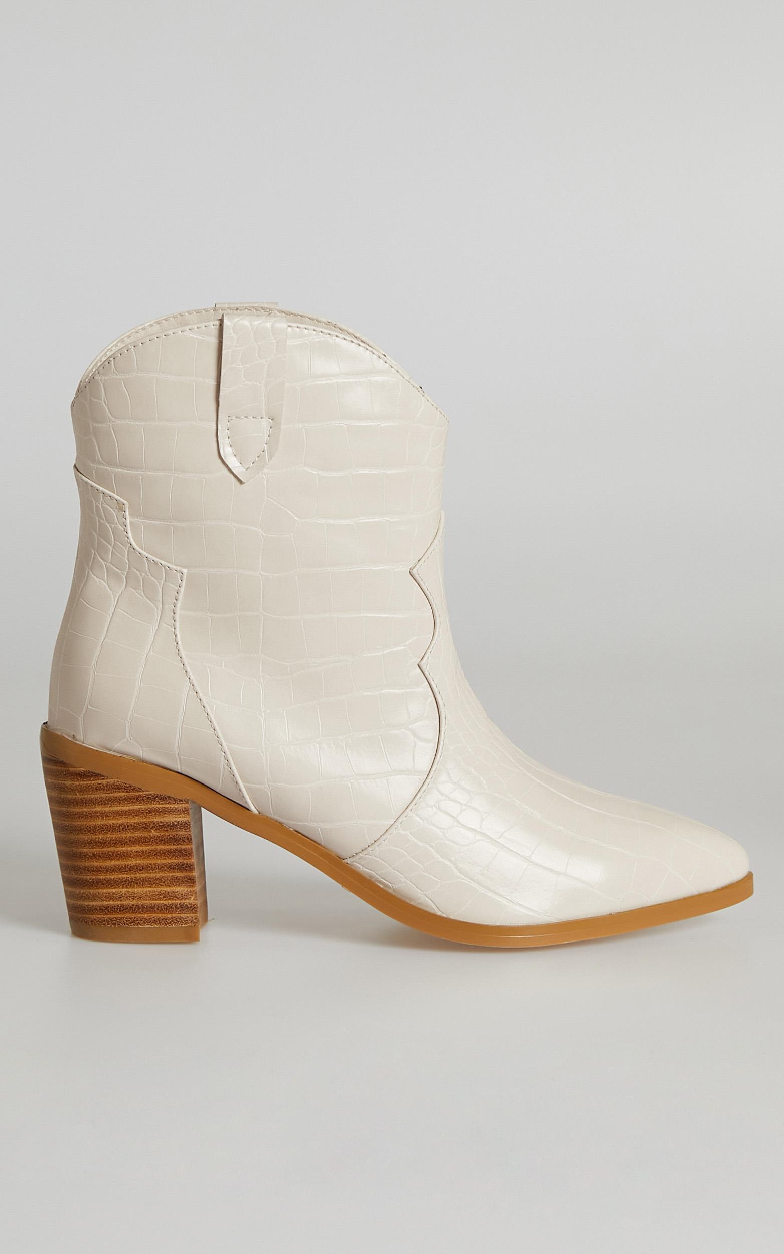 Billini - Nirvana Boots in Milk Croc - 5, Cream, hi-res image number null