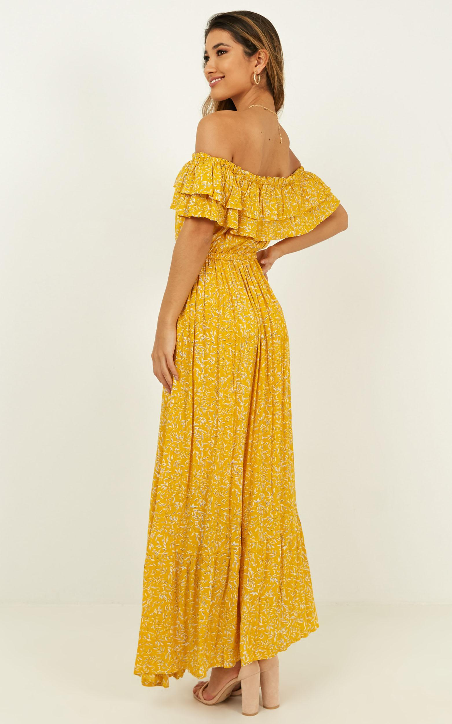 Notre Dame Maxi Dress in yellow floral - 4 (XXS), Yellow, hi-res image number null