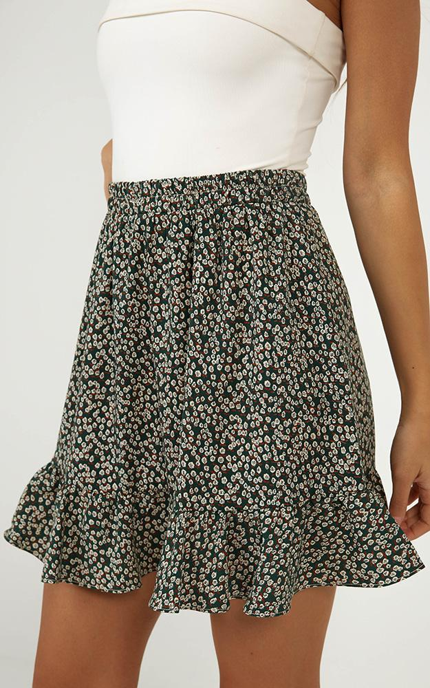 Diamond Sky skirt in green floral - 14 (XL), Green, hi-res image number null