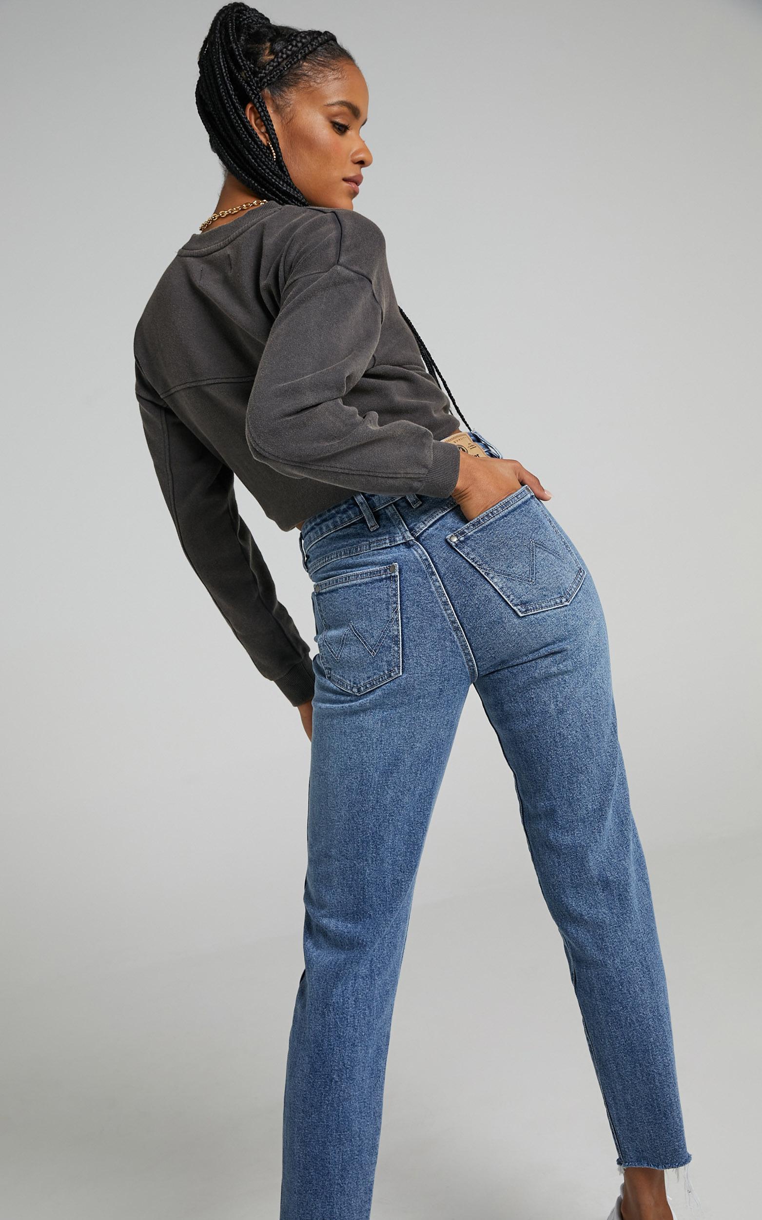 Wrangler - Drew Jeans in Heavy Dew - 06, BLU1, hi-res image number null