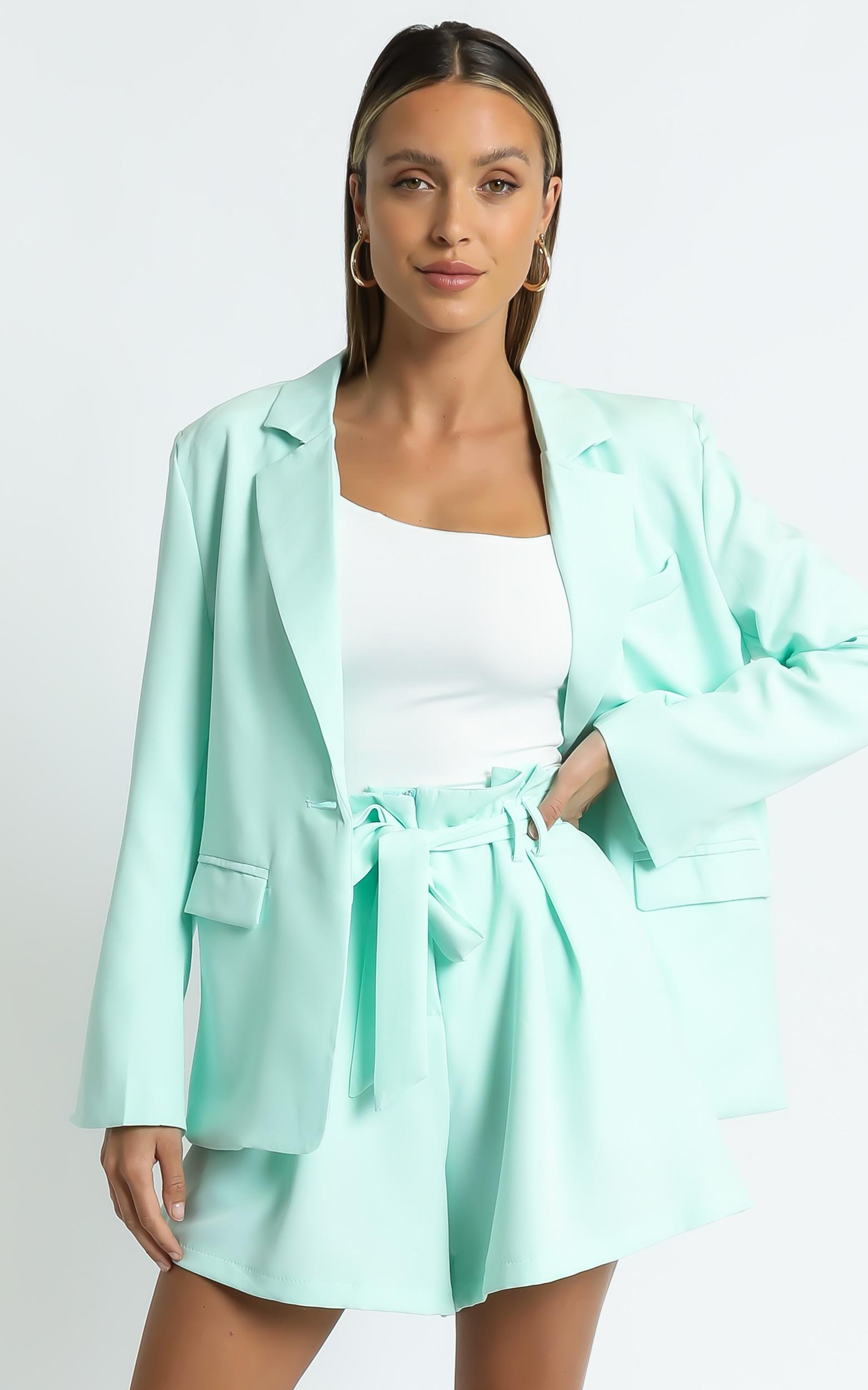 Amazona Blazer in Sage - 6 (XS), GRN1, hi-res image number null