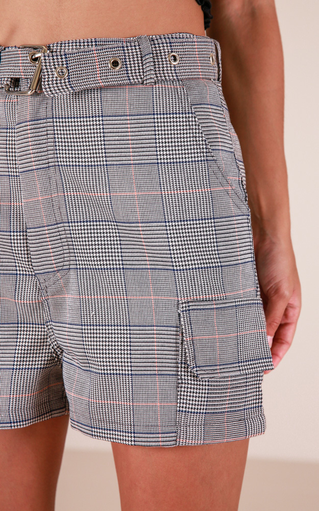 Fascinating shorts in grey plaid - 12 (L), Gold, hi-res image number null