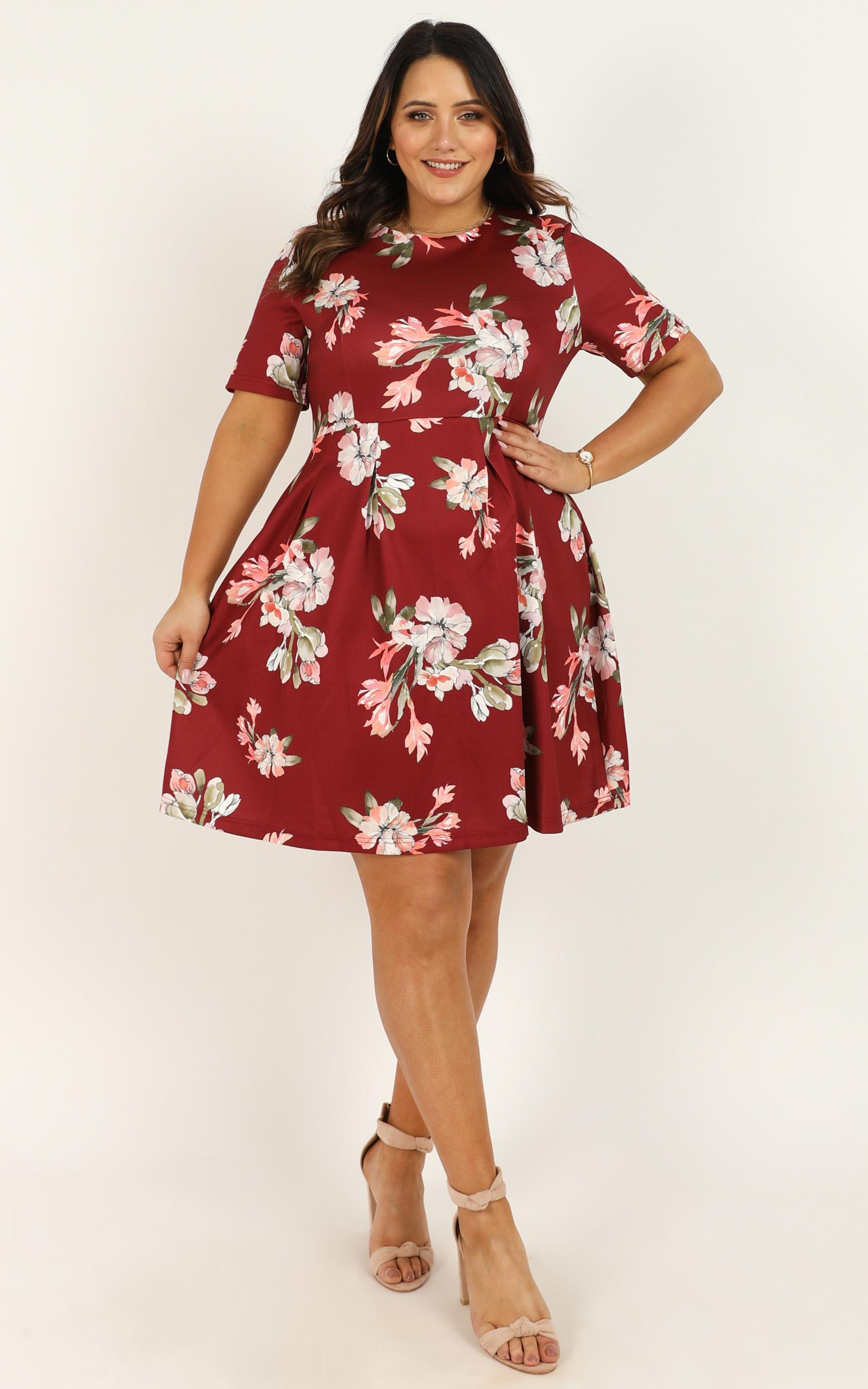 Meet the Parents Dress in  wine floral - 20 (XXXXL), Wine, hi-res image number null