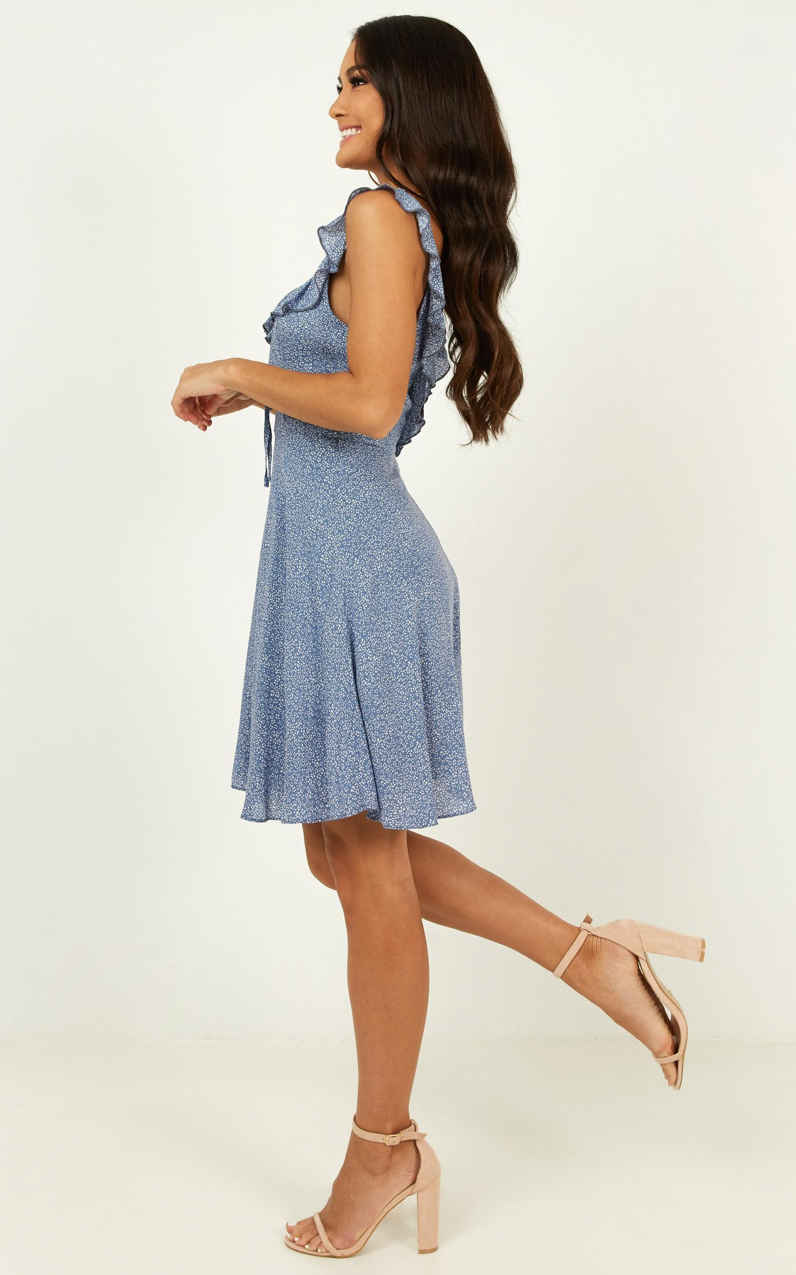 Not My Issue Dress in blue floral - 20 (XXXXL), Blue, hi-res image number null