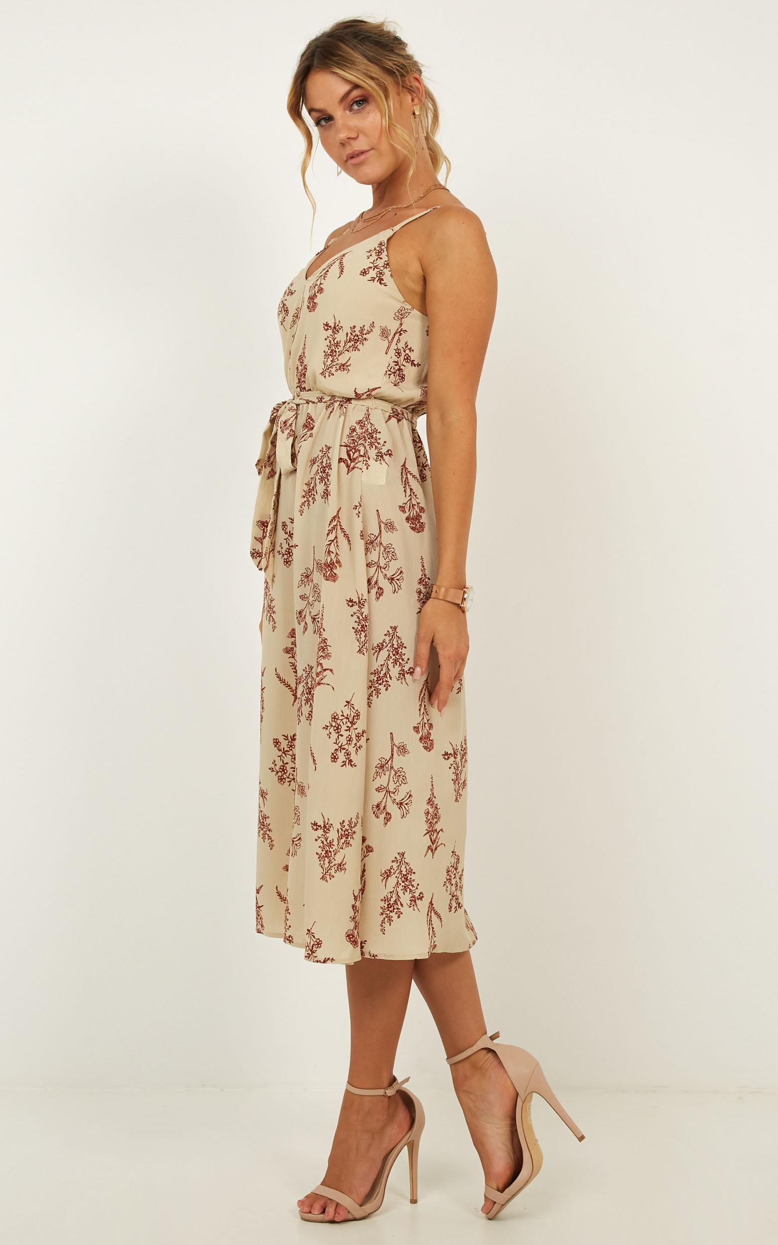 Advisory dress in cream floral - 12 (L), Cream, hi-res image number null