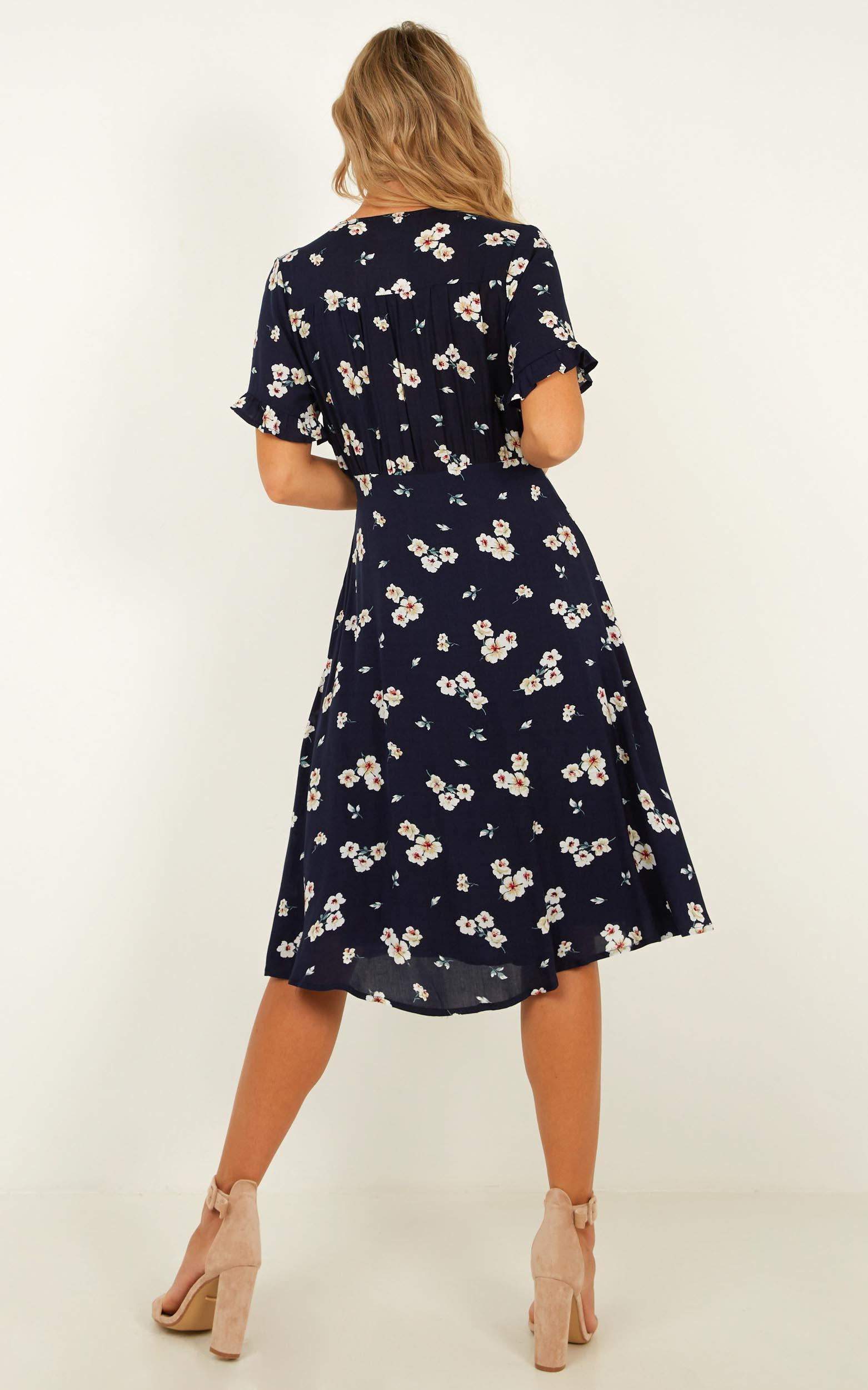 Call Me In Dress In navy floral - 20 (XXXXL), Navy, hi-res image number null