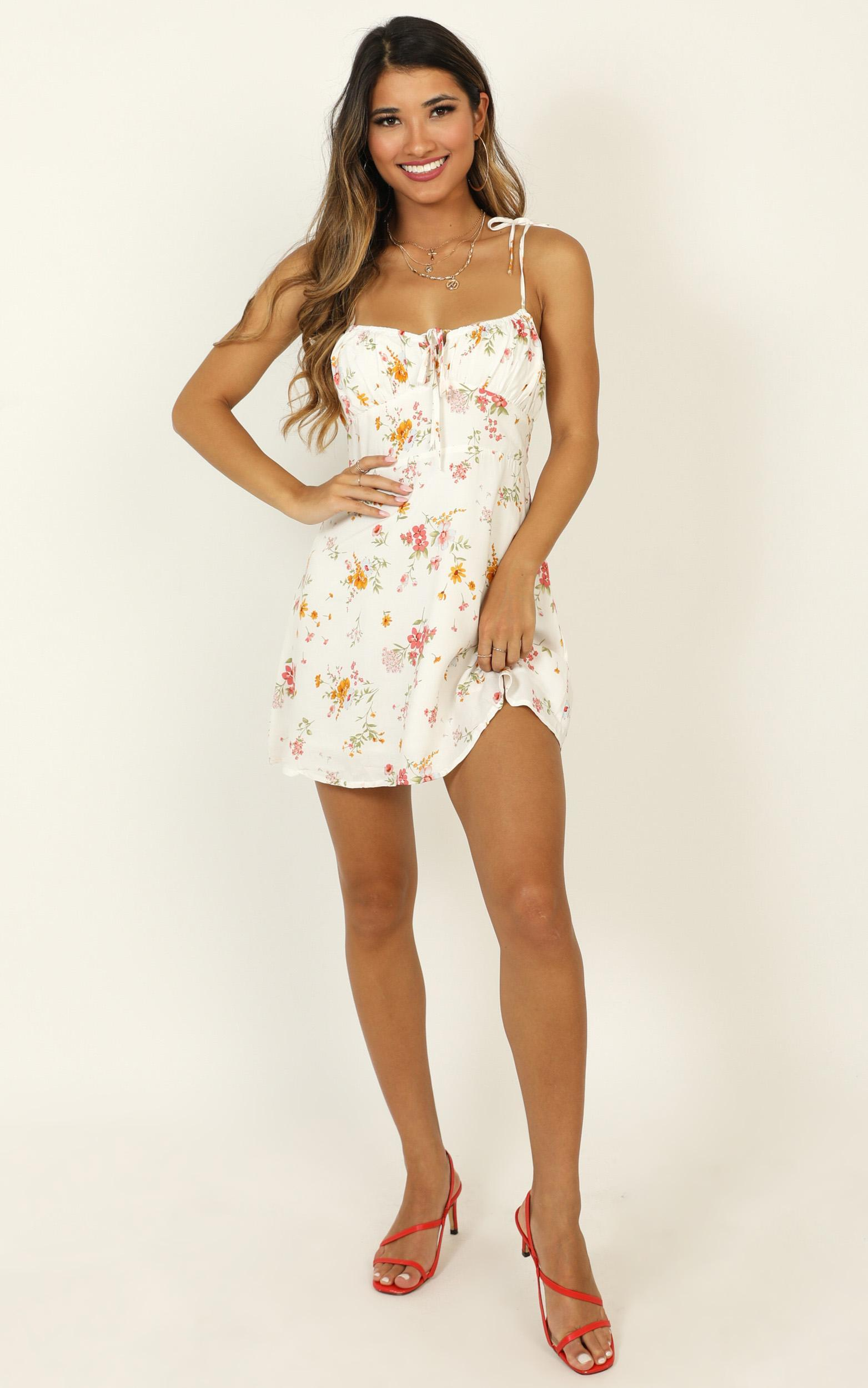 Feel So Free dress in white floral - 12 (L), White, hi-res image number null