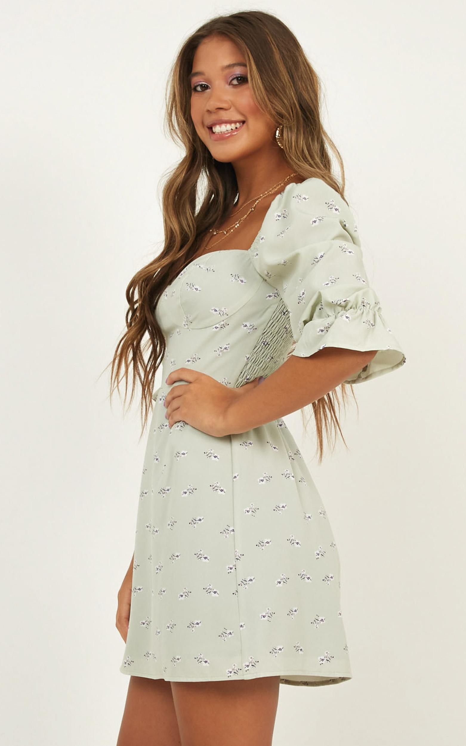 The Night Dress In mint floral - 14 (XL), Green, hi-res image number null