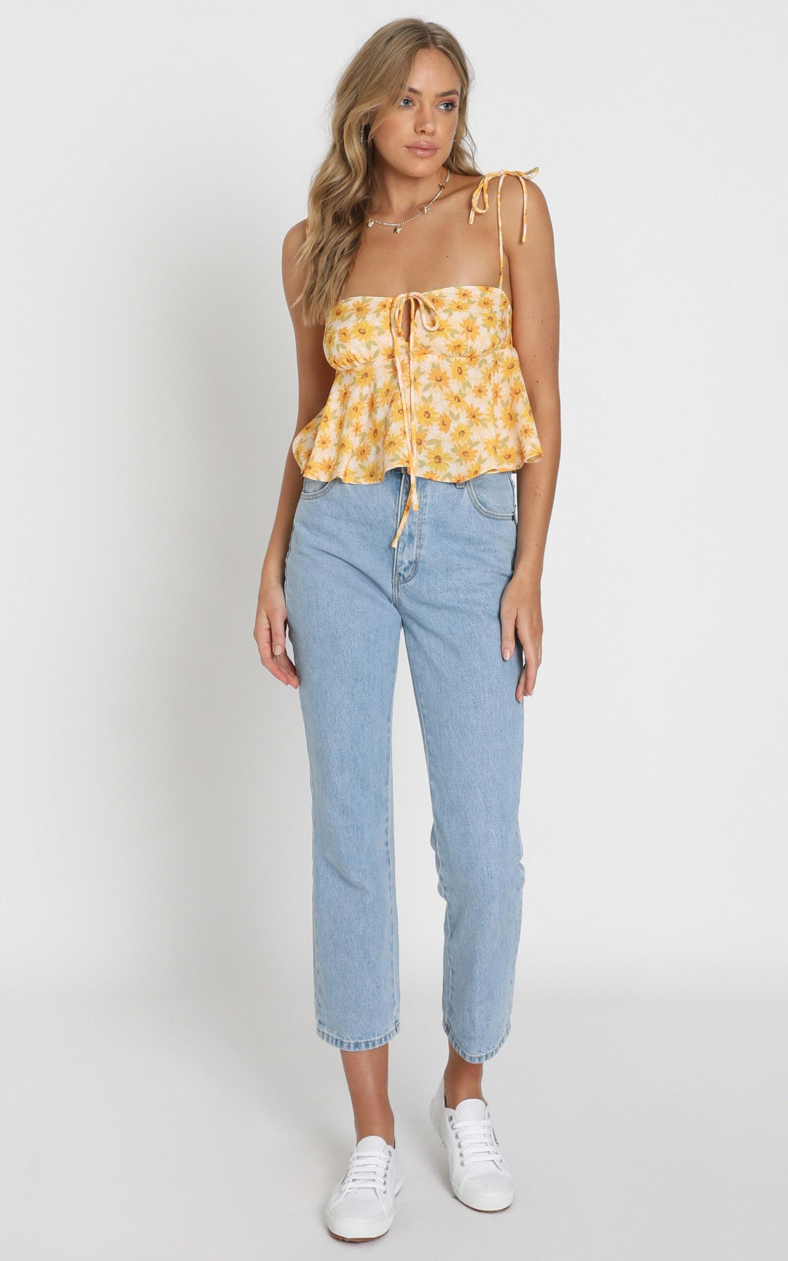 Aint No Sweetie Top in sunflower print - 20 (XXXXL), Yellow, hi-res image number null