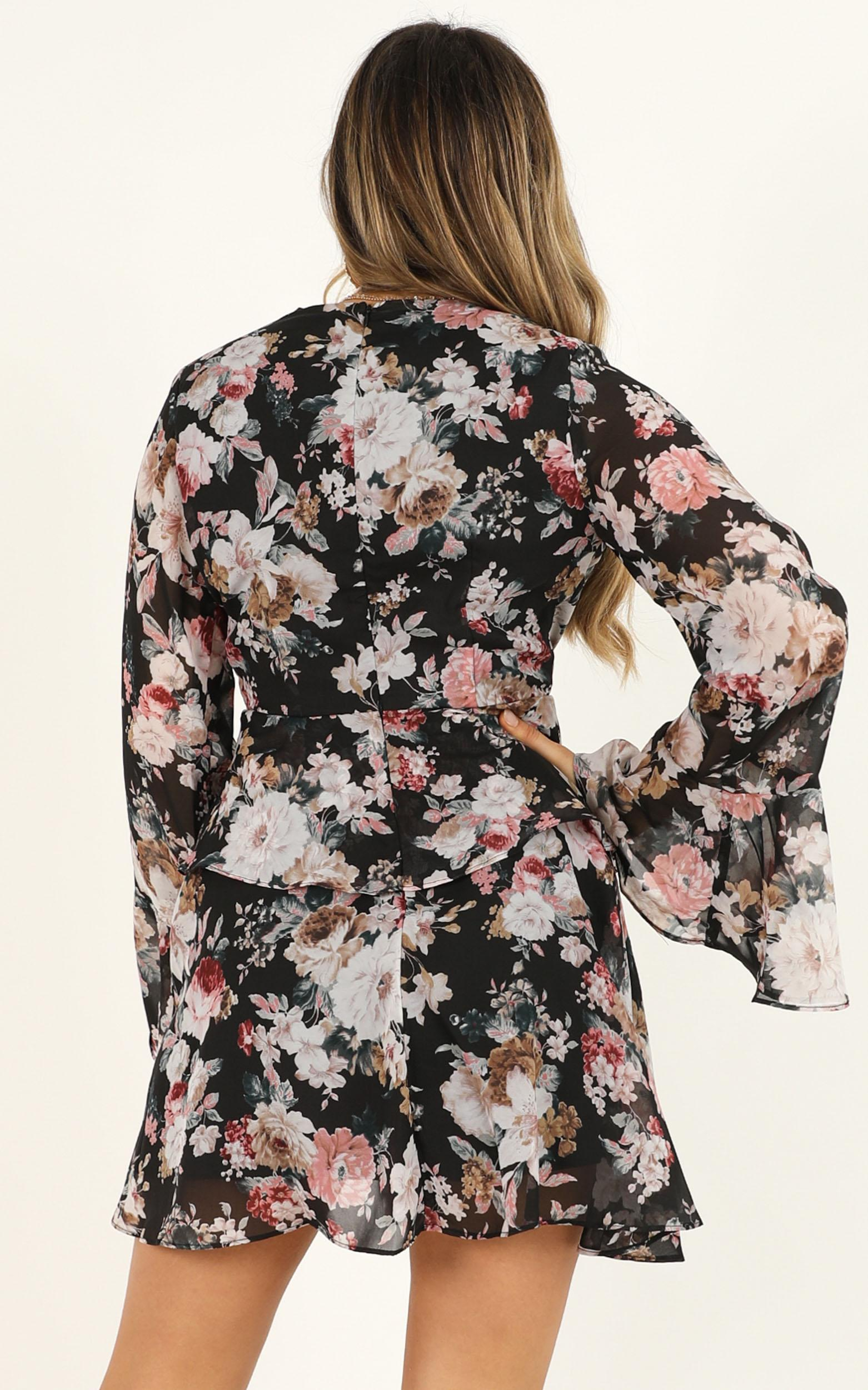 But to you its all the same dress in black floral - 18 (XXXL), Black, hi-res image number null