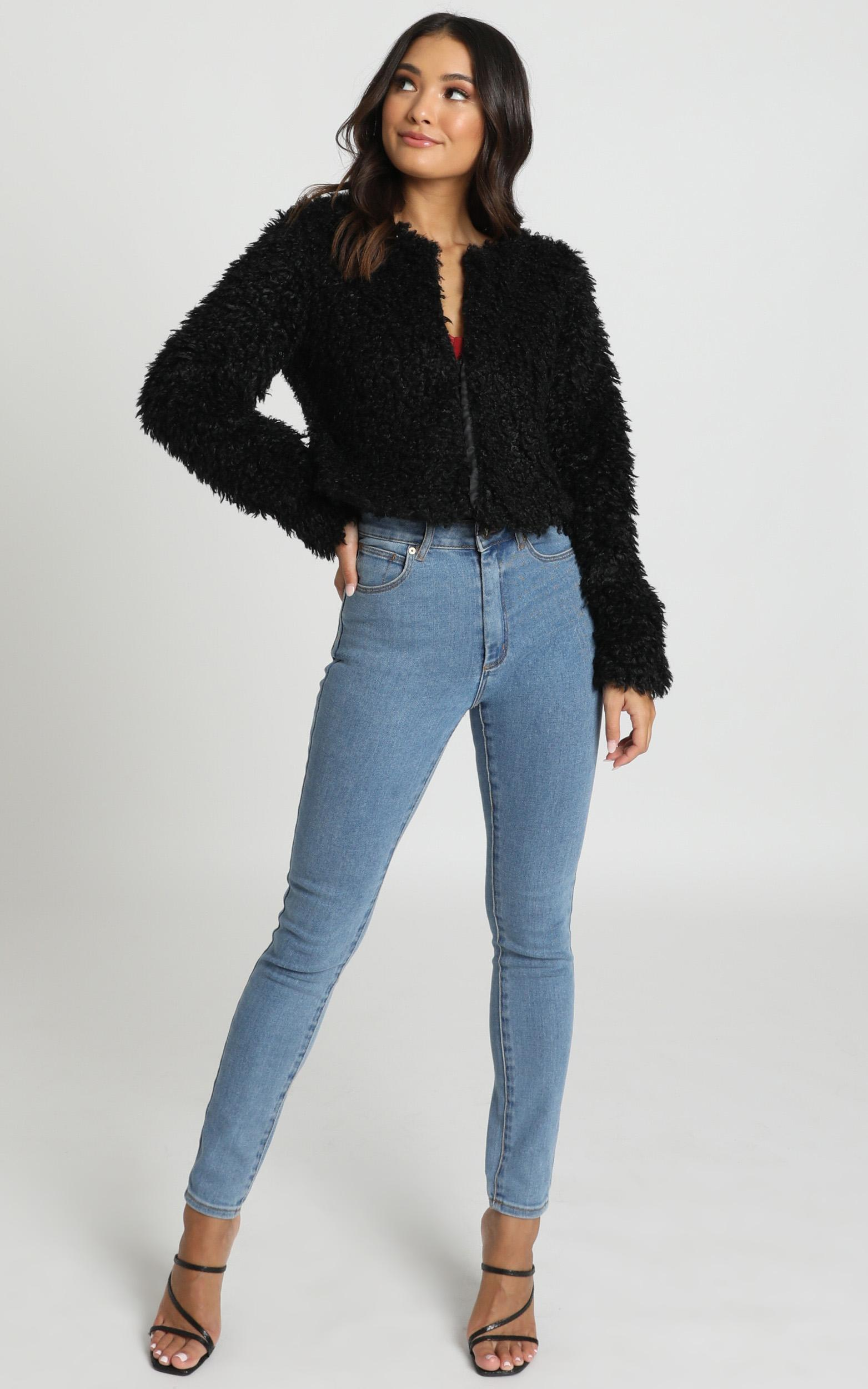 Keeping Cosy Jacket in black - 6 (XS), Black, hi-res image number null