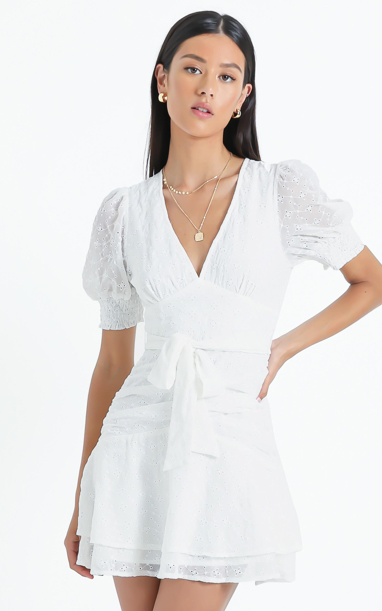 Lambeth Dress in White Embroidery - 06, WHT1, hi-res image number null