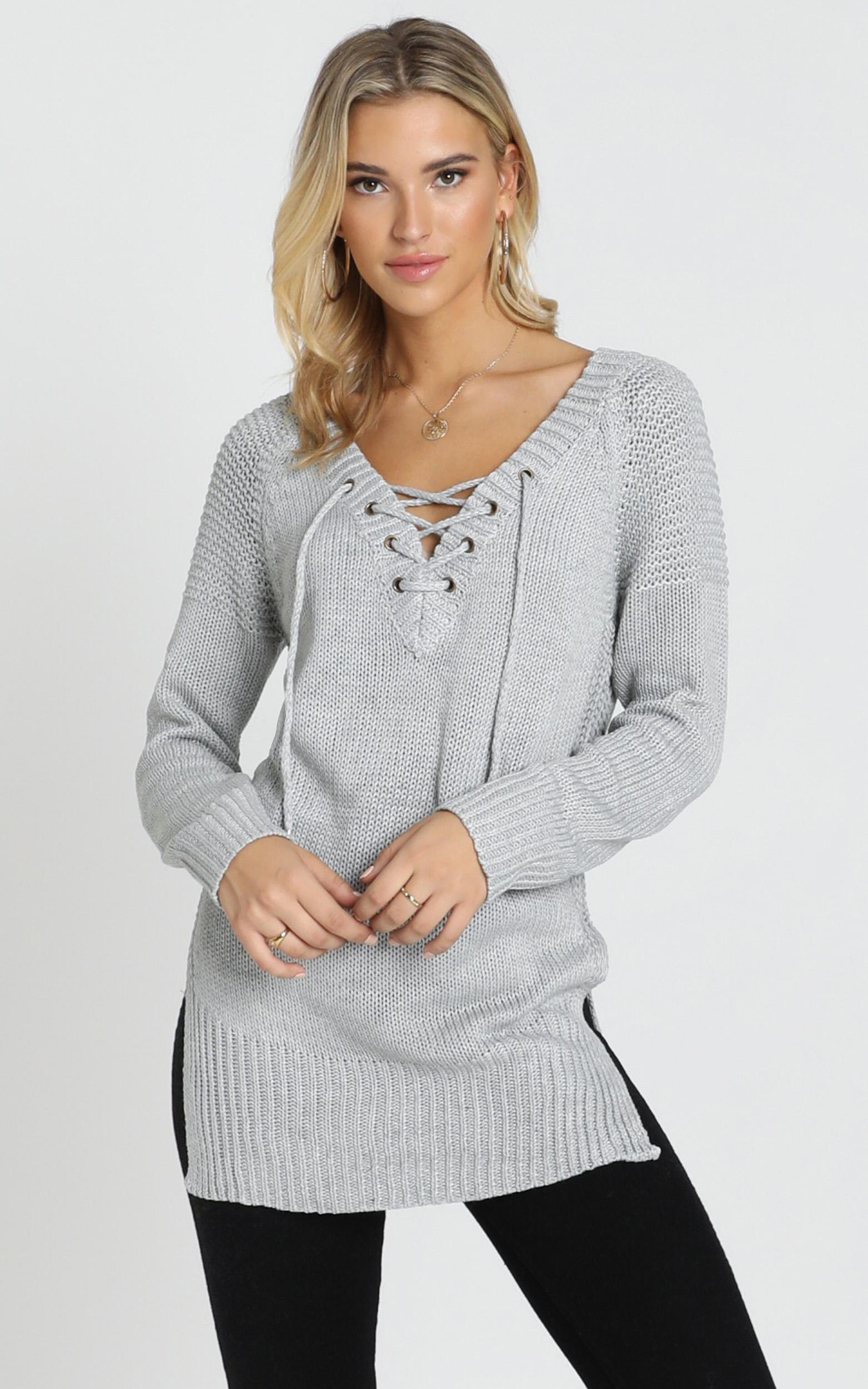 Sewn In knit Sweater In Grey - 6 (XS), Grey, hi-res image number null