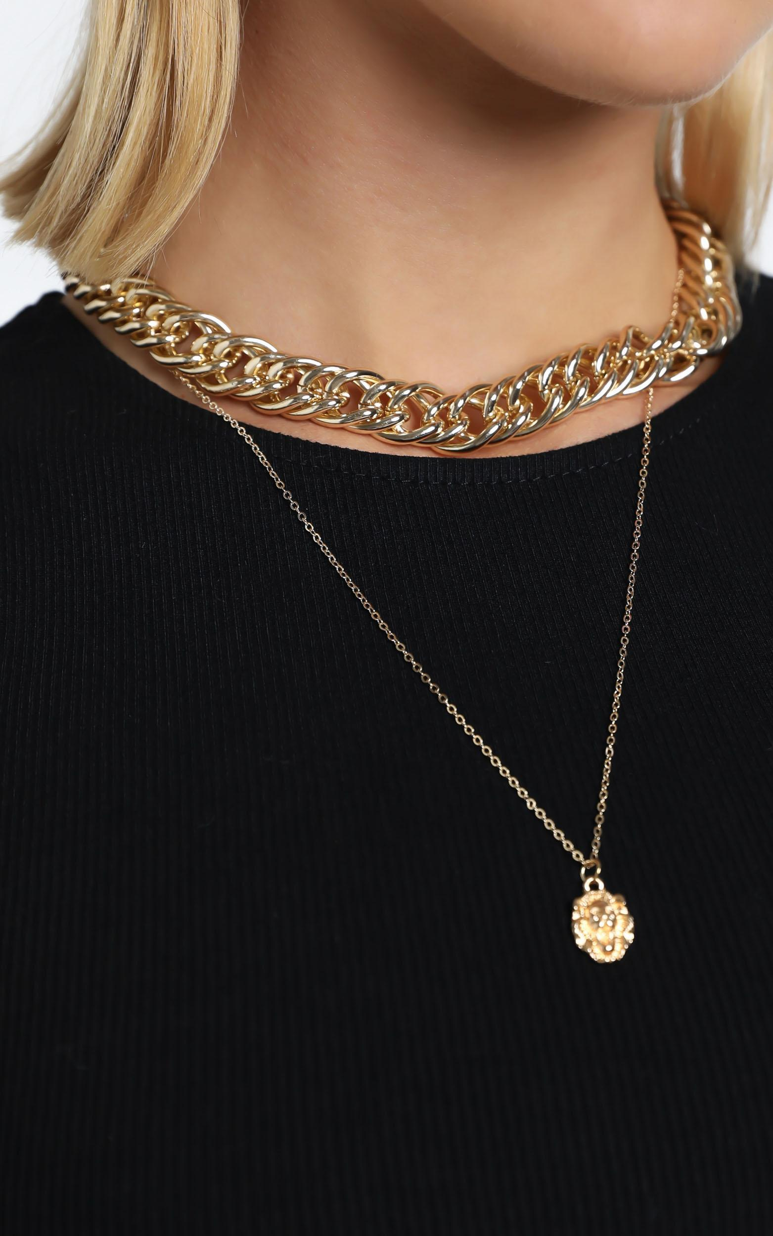 Cleva Necklace in Gold, , hi-res image number null