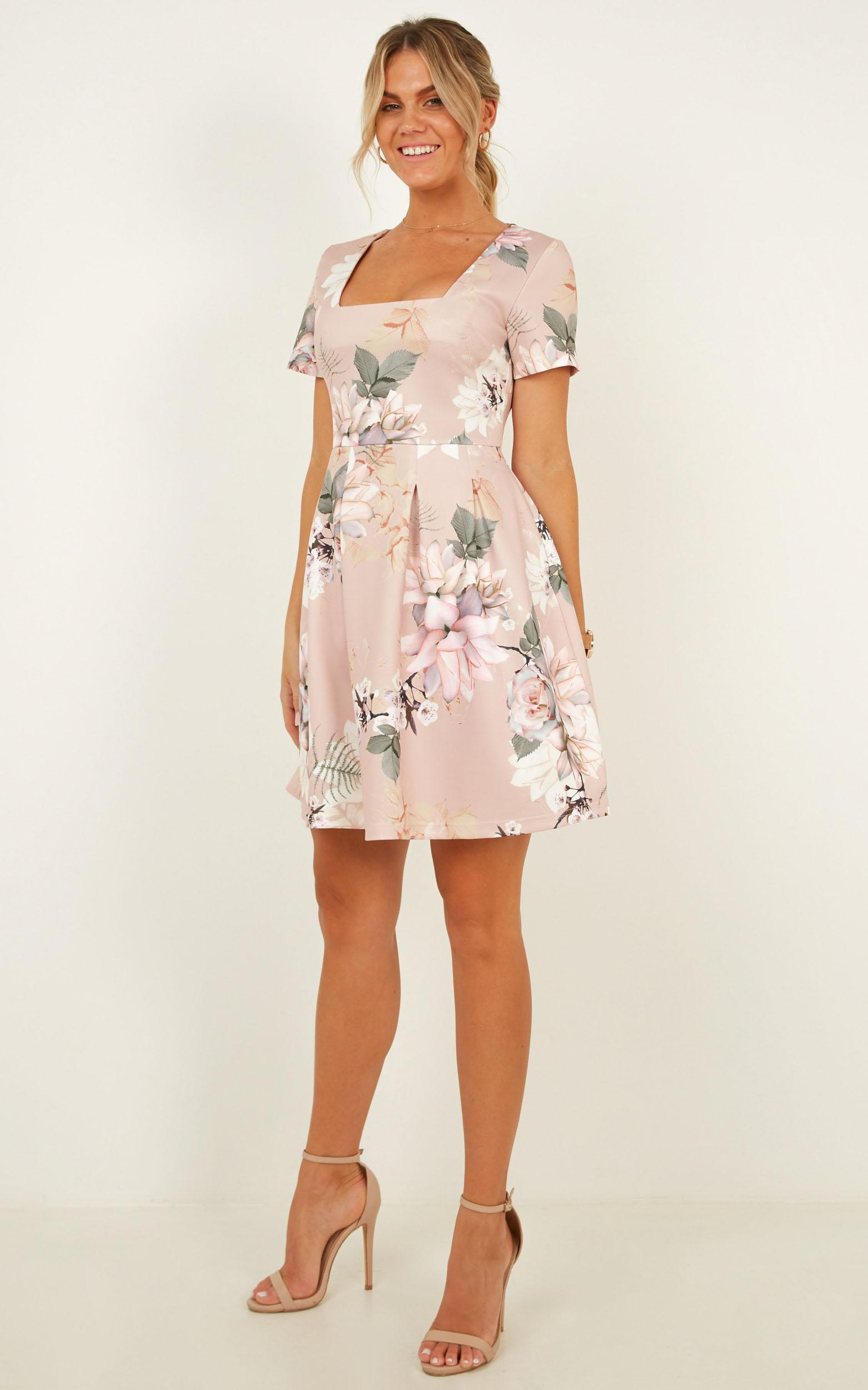 Strong Competitor Dress in blush floral - 12 (L), Blush, hi-res image number null