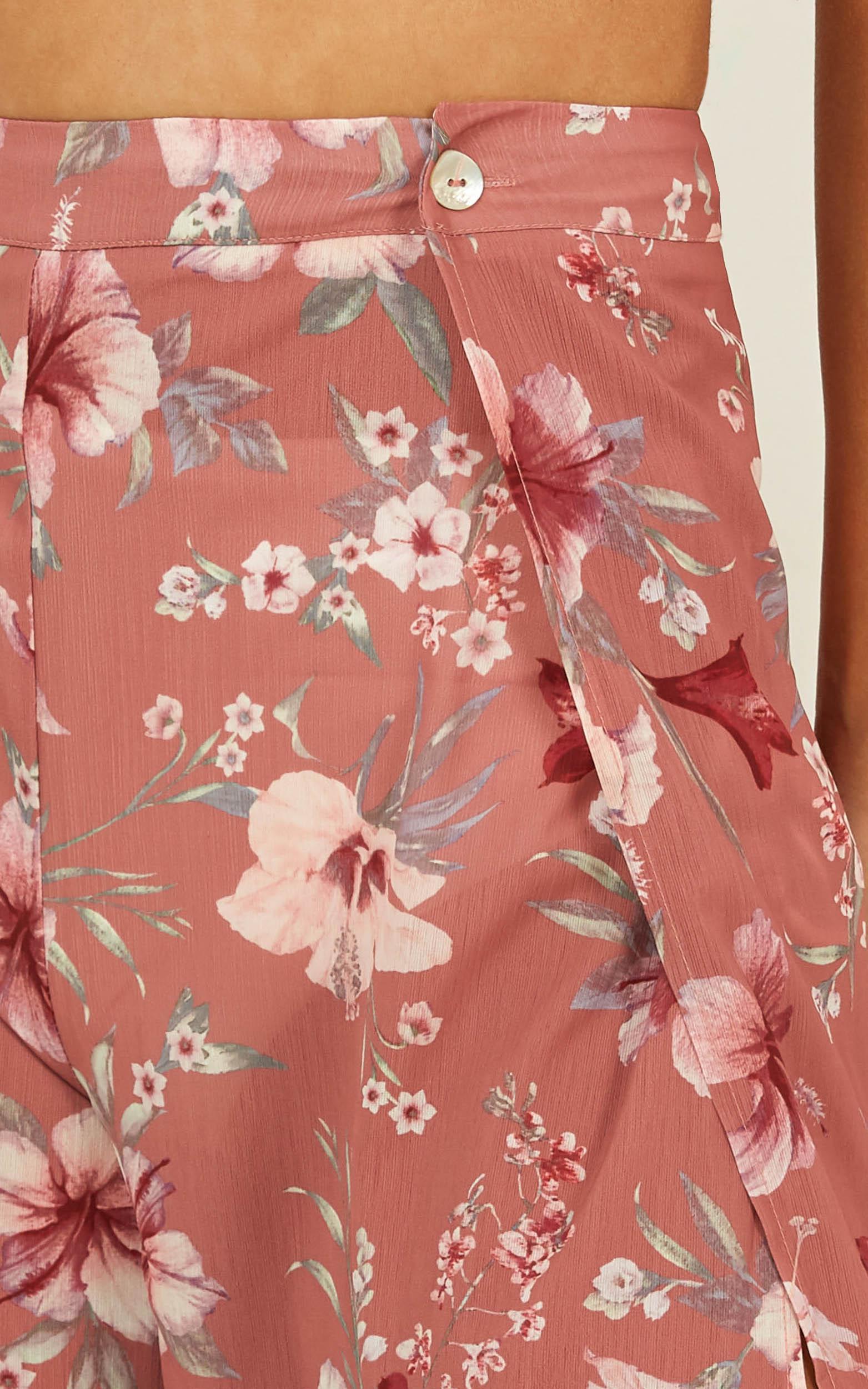never skip a beat pants in rose floral - 12 (L), Blush, hi-res image number null