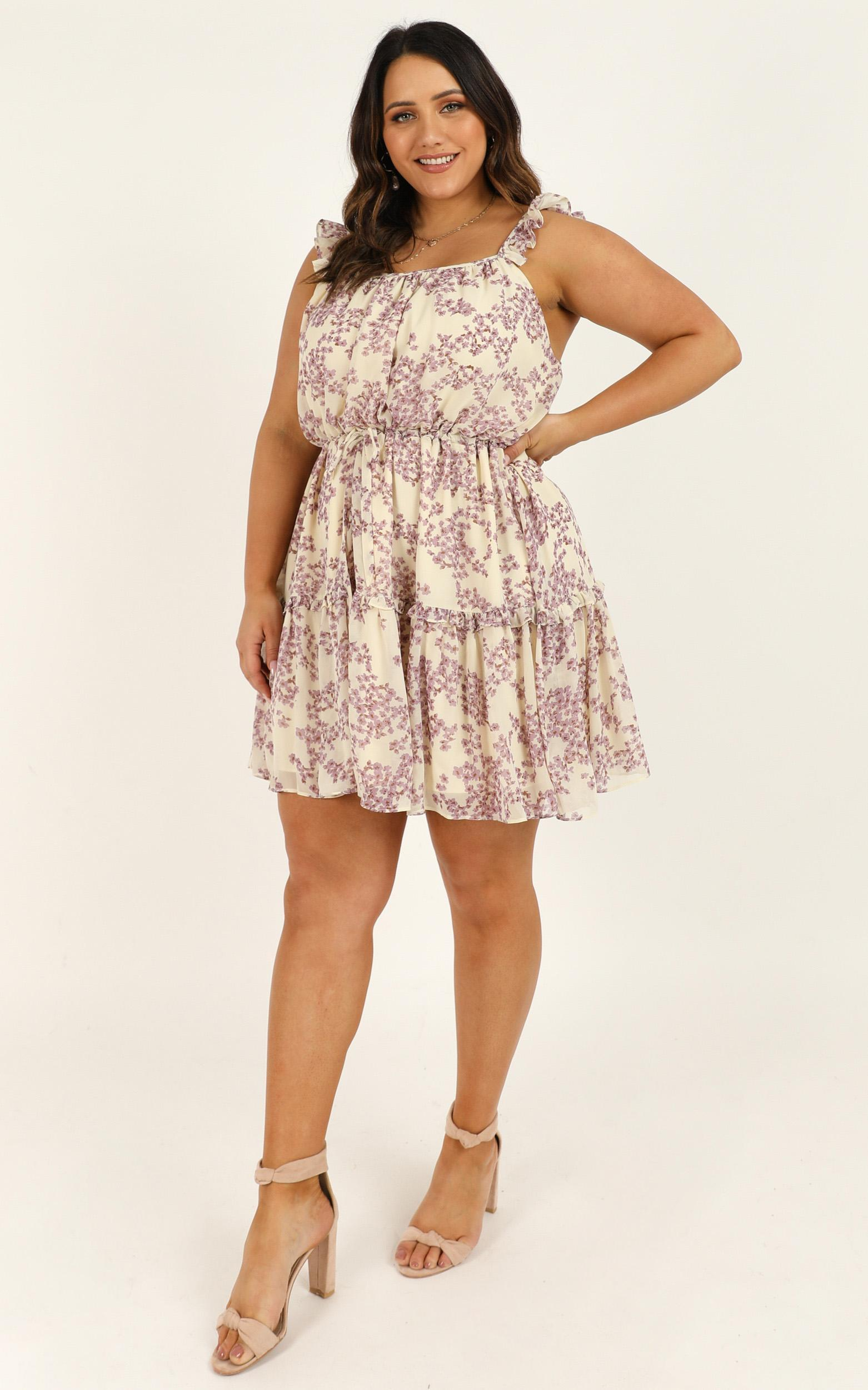 Nothing Tricky Dress in cream floral - 20 (XXXXL), Cream, hi-res image number null