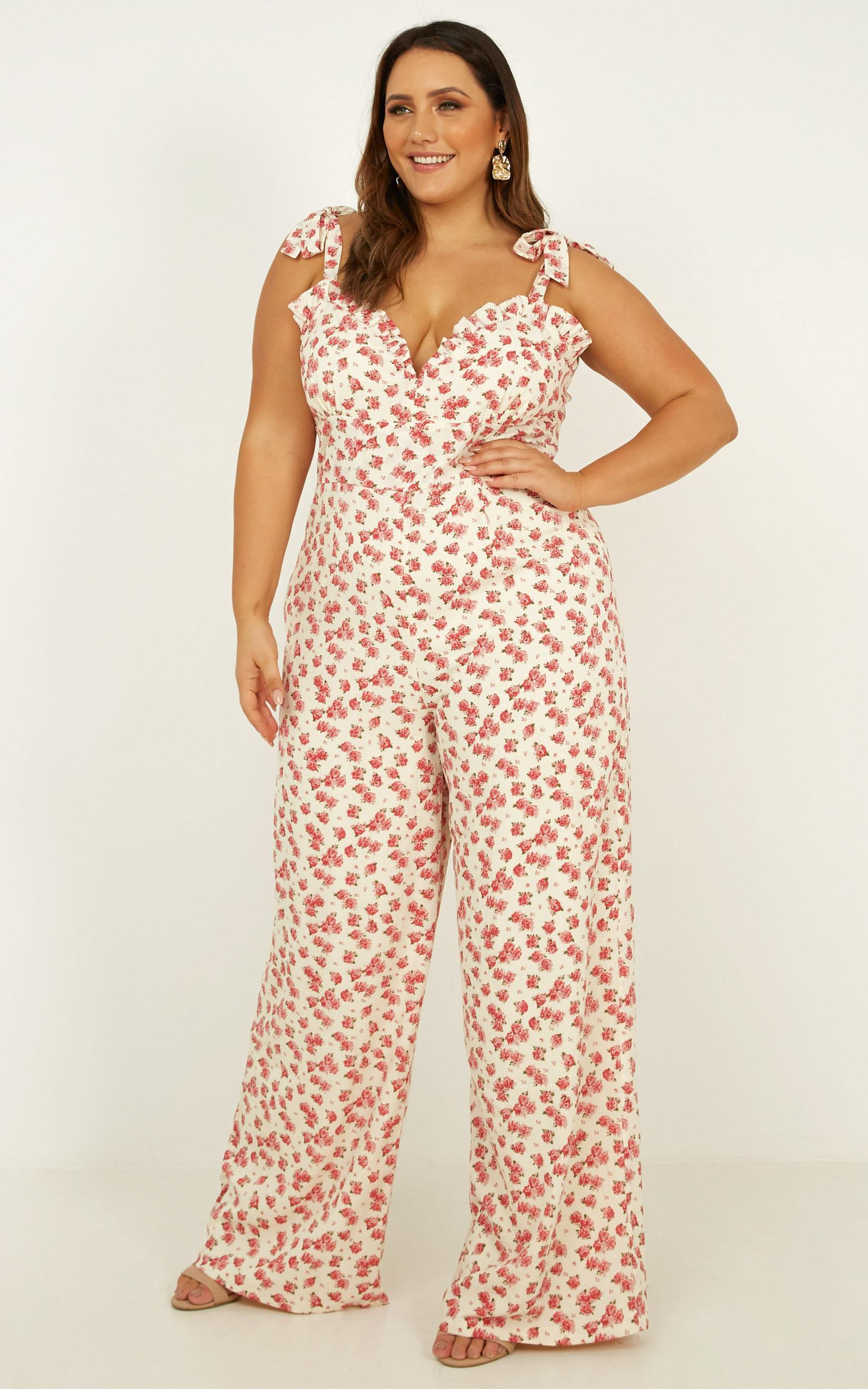 Days Drifting Jumpsuit In white floral - 20 (XXXXL), White, hi-res image number null