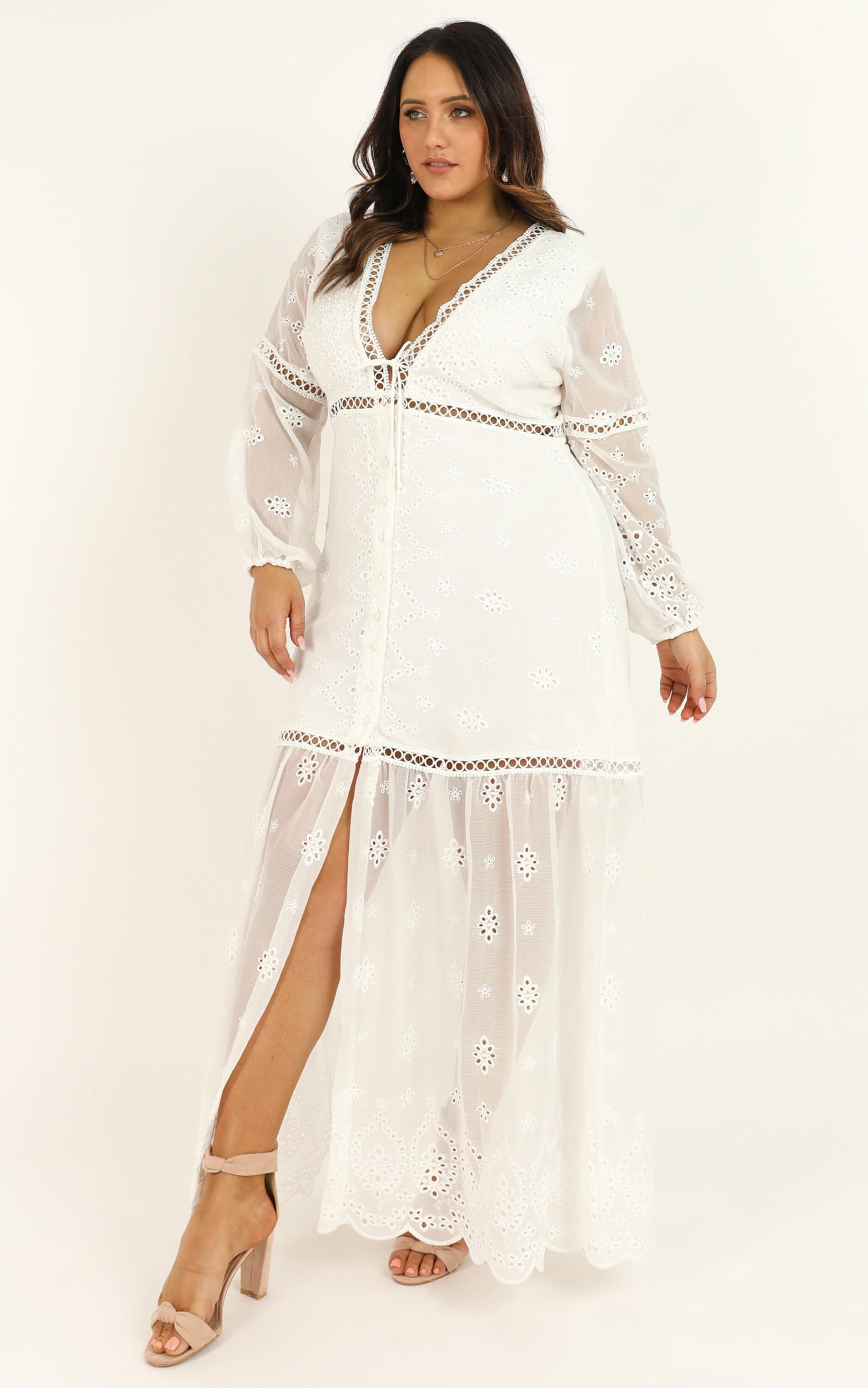 I've got people in my ear dress In white embroidery - 14 (XL), White, hi-res image number null