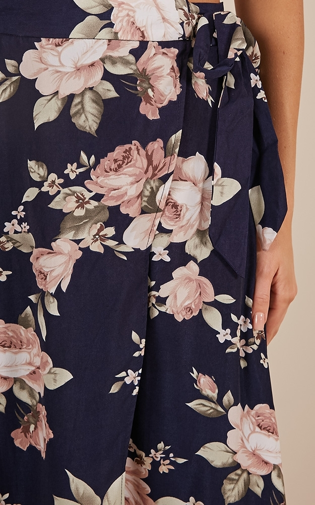 Break A Leg Maxi Skirt in navy floral - 6 (XS), NVY1, hi-res image number null
