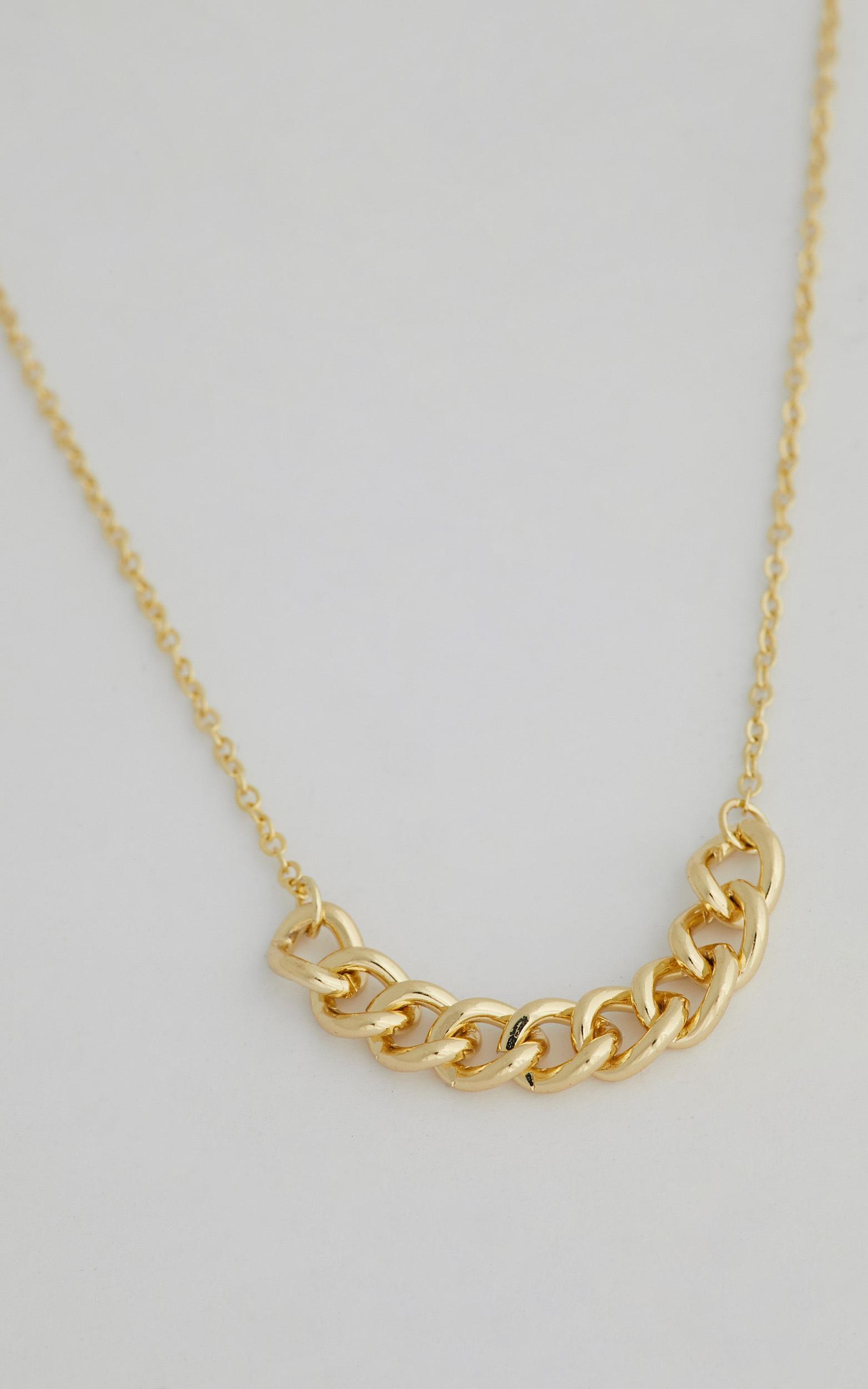LEESA NECKLACE in Gold - NoSize, GLD1, hi-res image number null