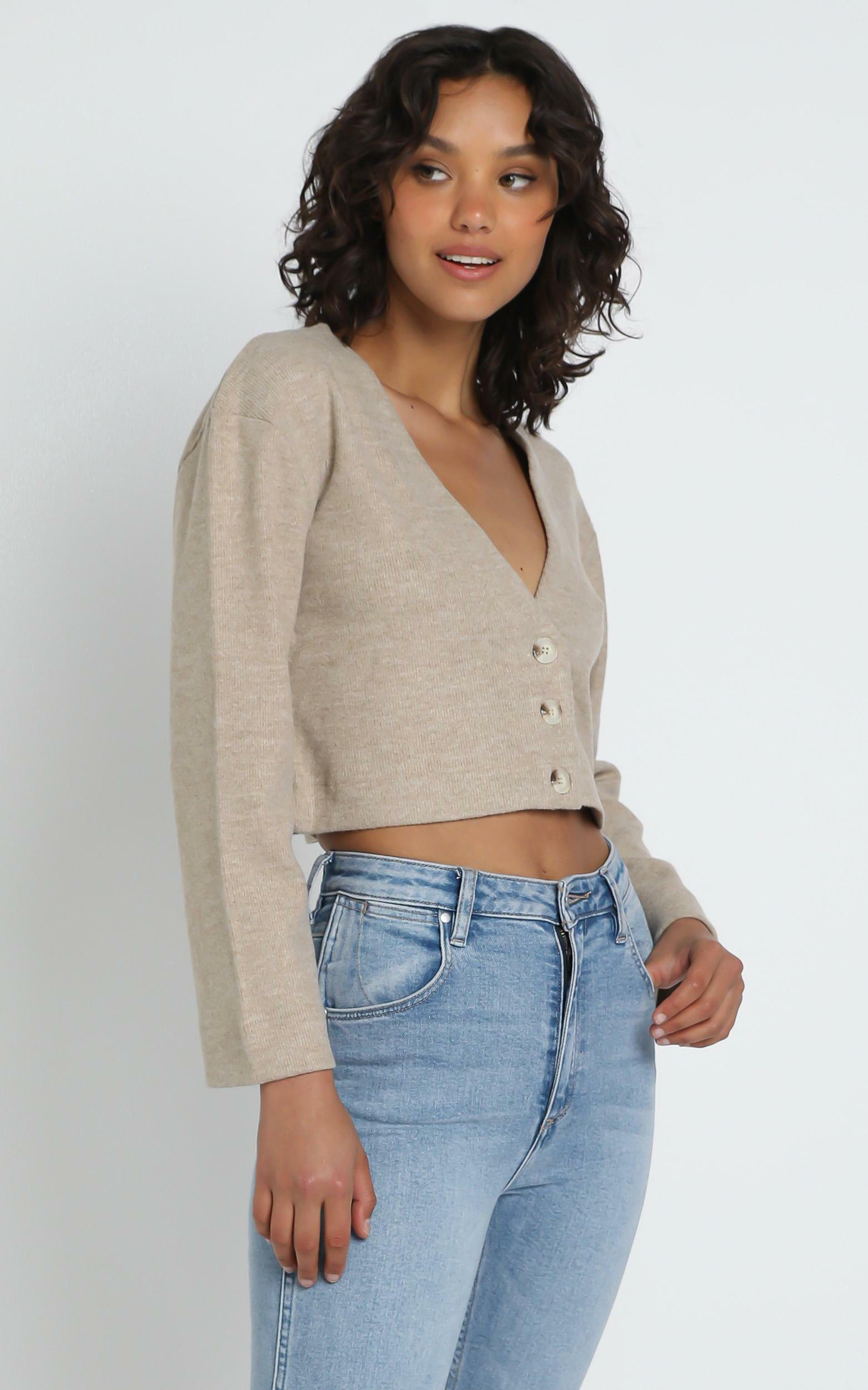 Janneth Cardigan in Mocha - 12 (L), CRE1, hi-res image number null