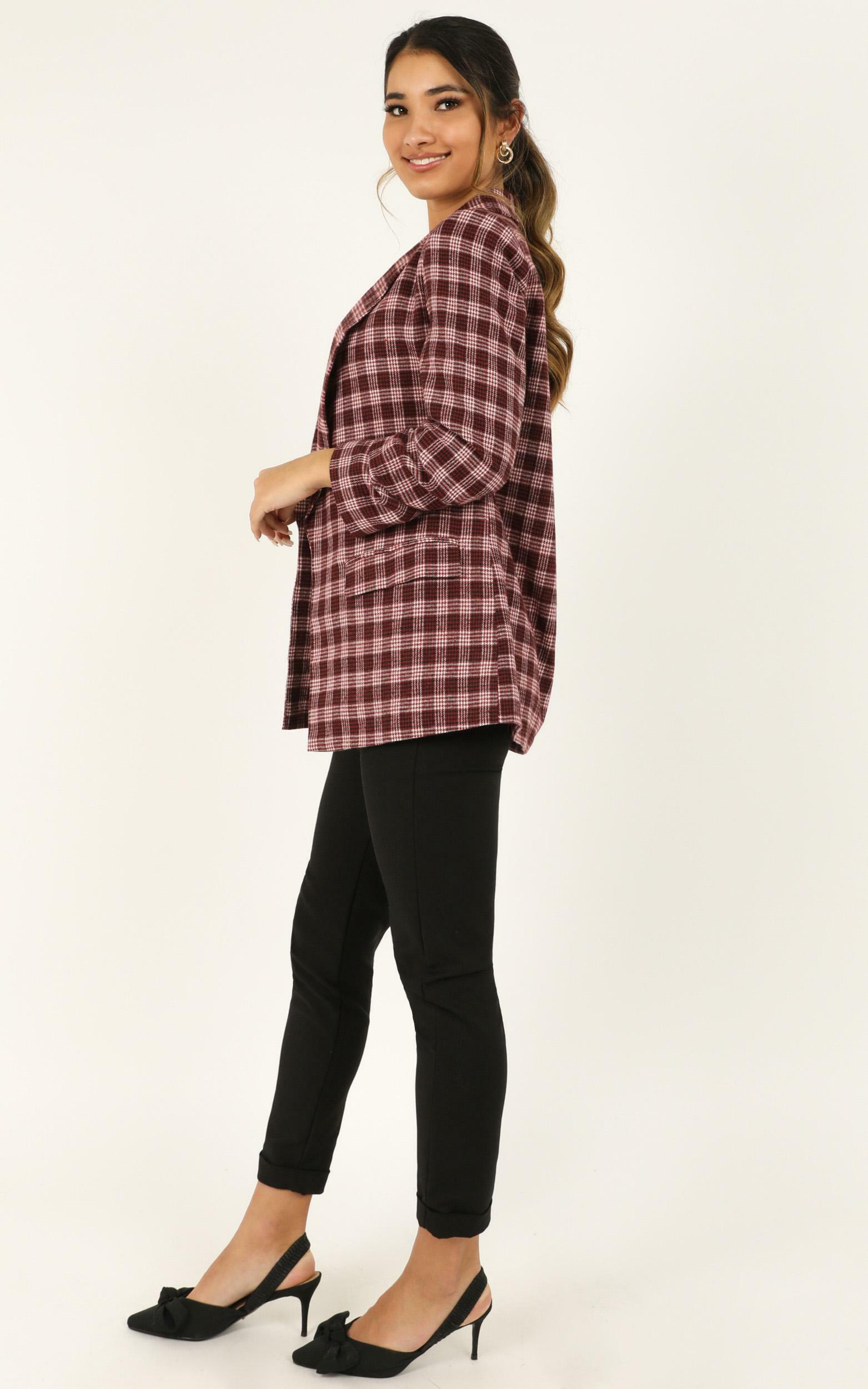 Late To Work Blazer In wine check - 18 (XXXL), Wine, hi-res image number null