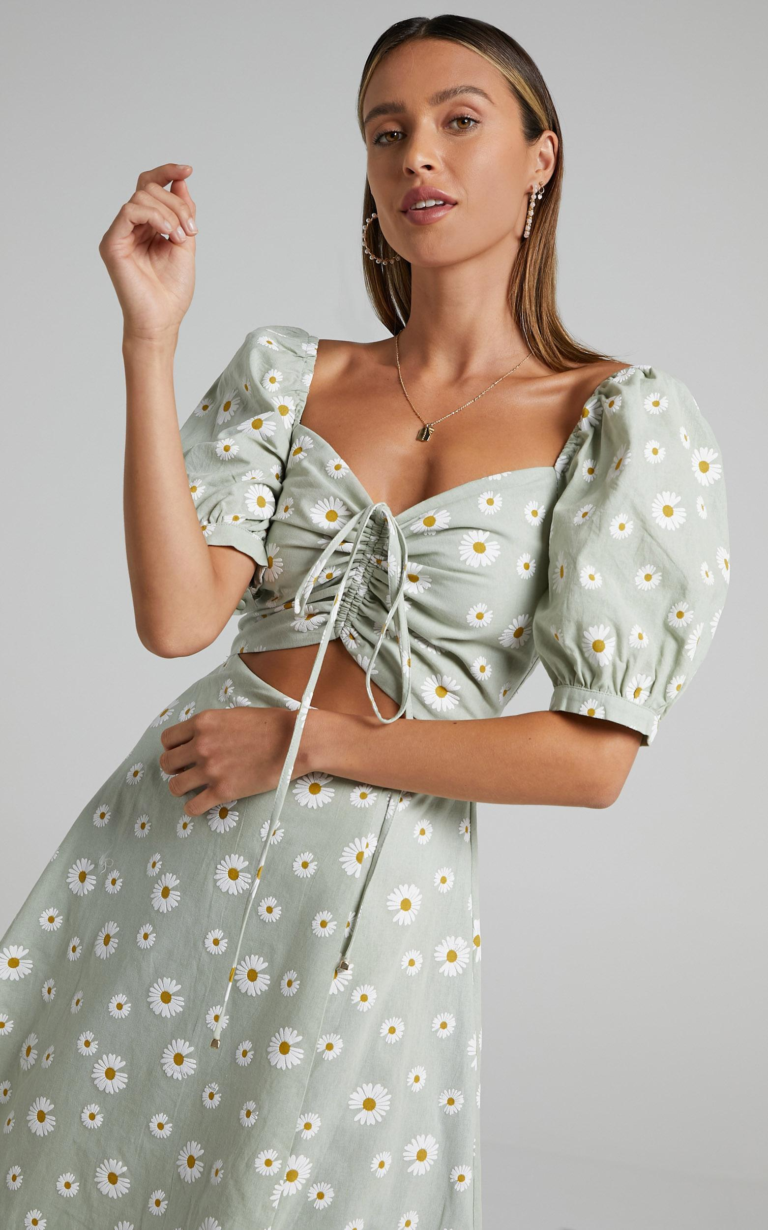 Elessar Dress in Sage Daisies - 6 (XS), Sage, hi-res image number null