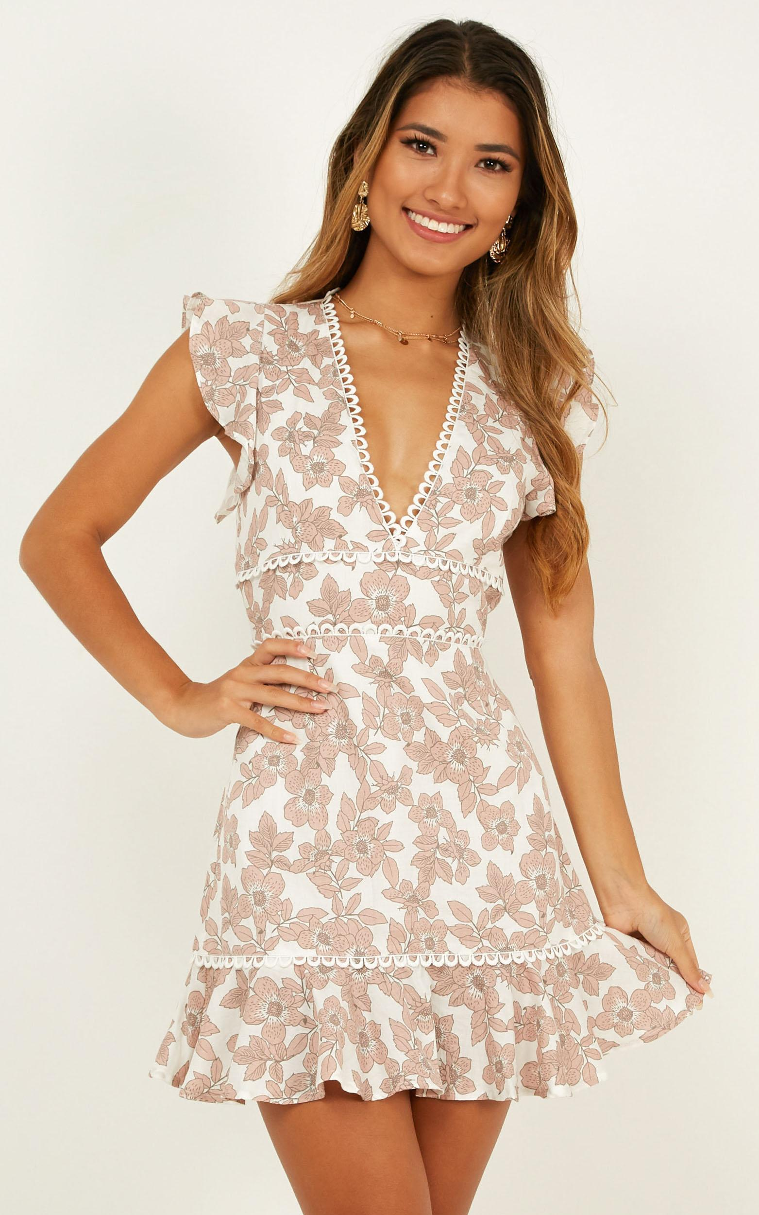 Down time dress in blush floral - 20 (XXXXL), Blush, hi-res image number null