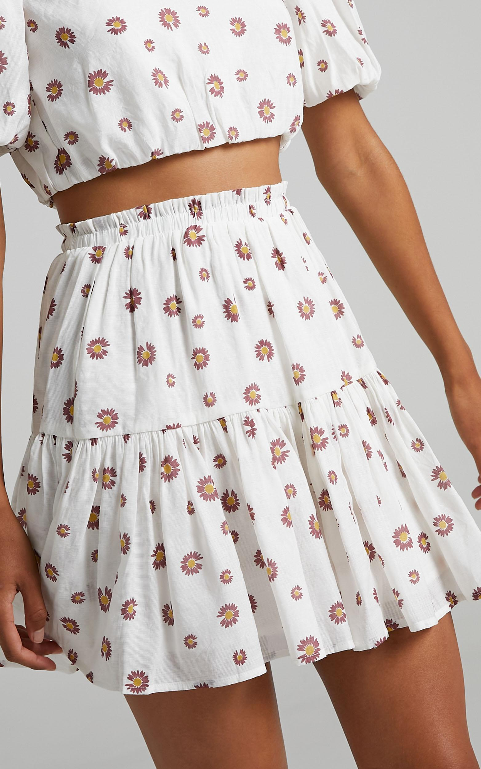Carmentis Skirt in Blush Floral - 6 (XS), White, hi-res image number null