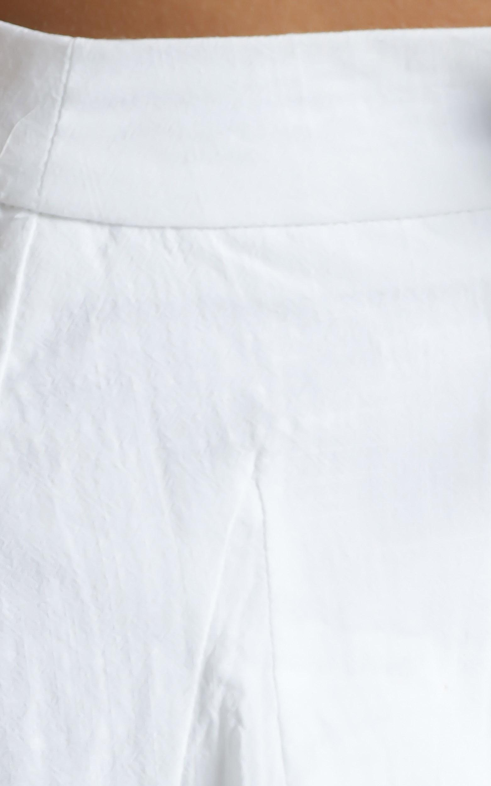 Hilda Shorts in White - 6 (XS), White, hi-res image number null