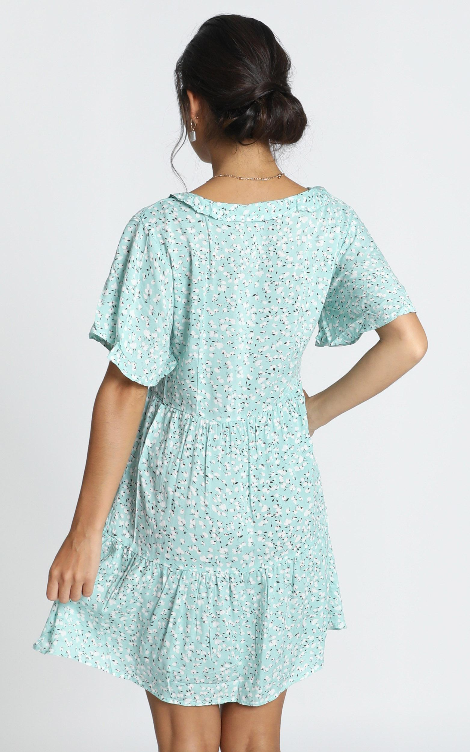 Kirby V-Neck Mini Dress in blue print - 14 (XL), Blue, hi-res image number null