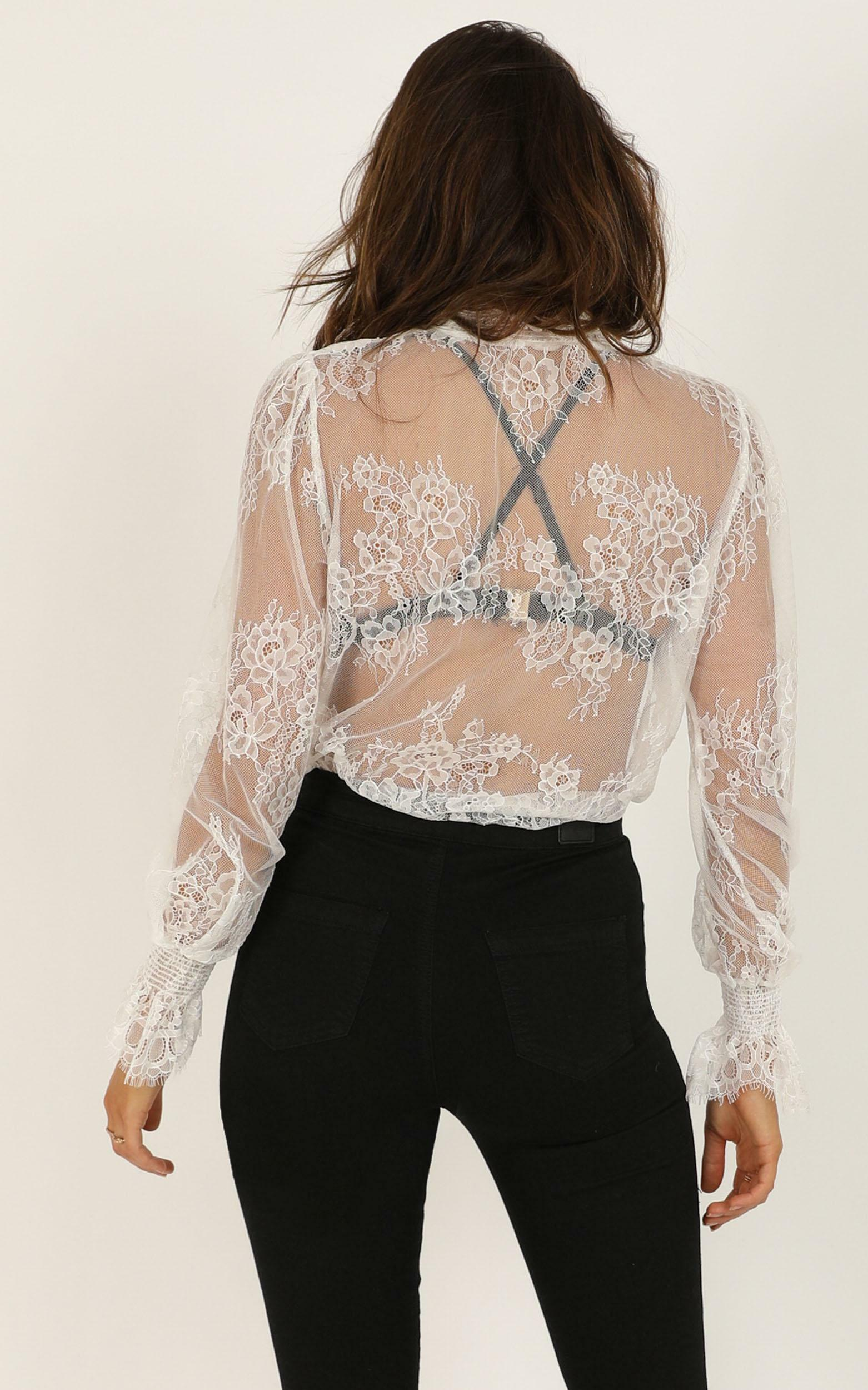 Me And My Girls top in white lace - 14 (XL), White, hi-res image number null