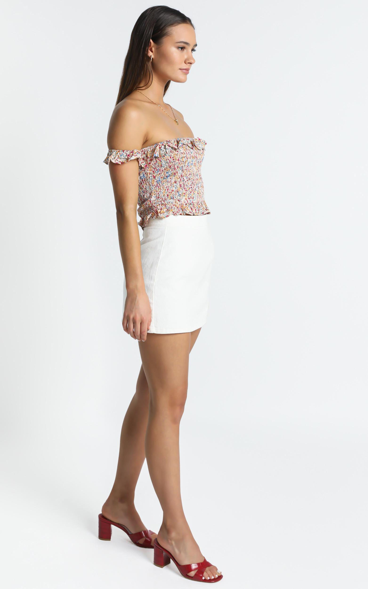 Forever Favourite Top in White Floral - 6 (XS), White, hi-res image number null