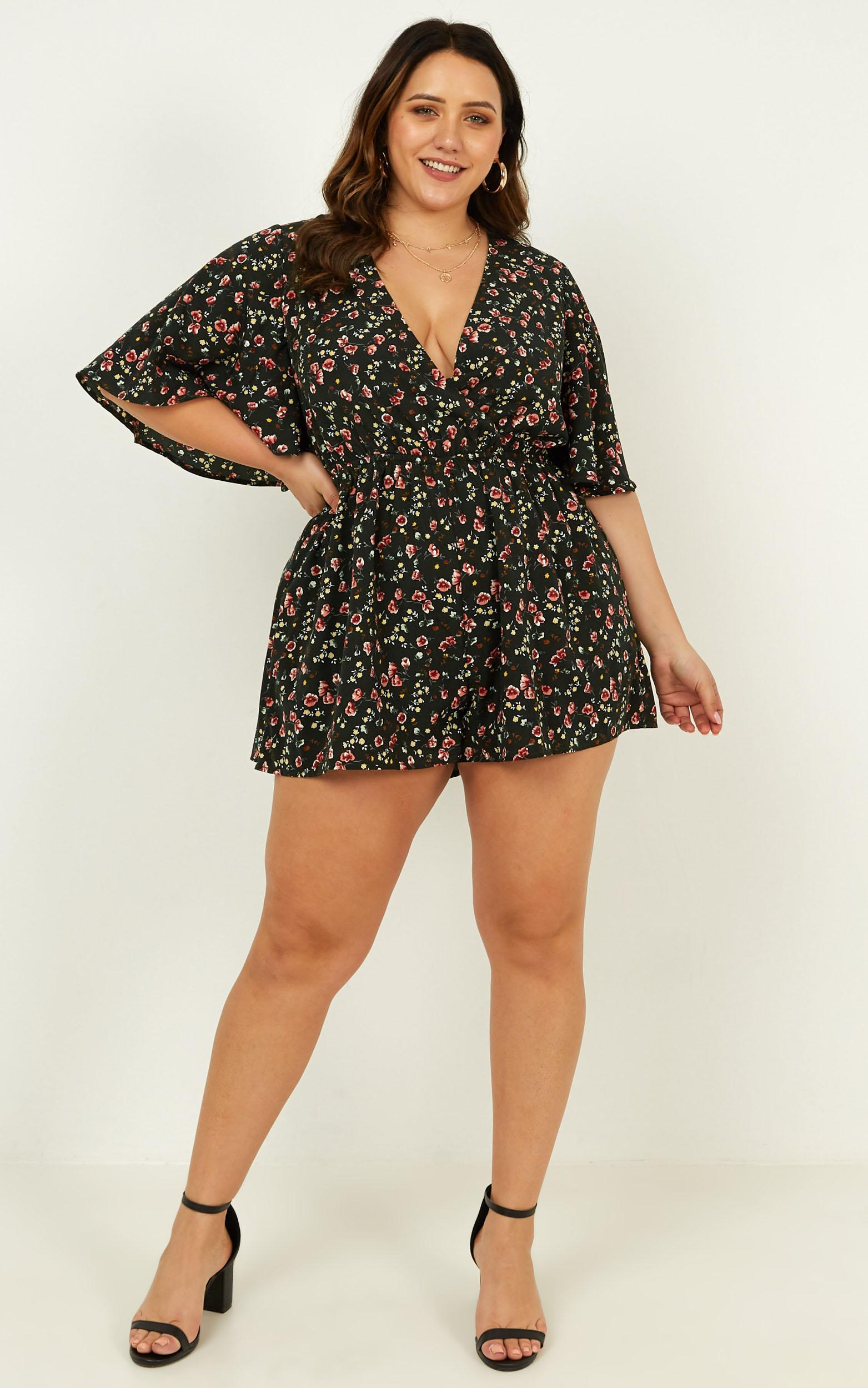 Garden of Eden Playsuit in forest green floral - 16 (XXL), Green, hi-res image number null