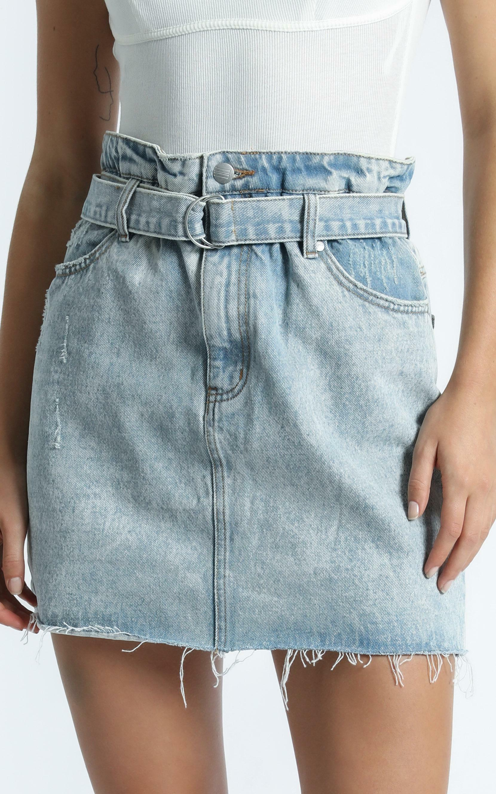 Twiin - Cinch Skirt in Light Blue Wash - XS, Blue, hi-res image number null