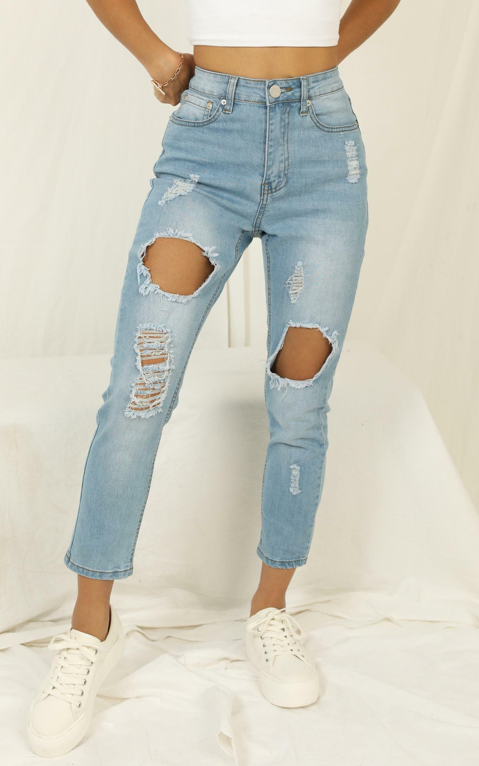 Georgia Jeans In Mid Wash Denim - 12 (L), Blue, hi-res image number null