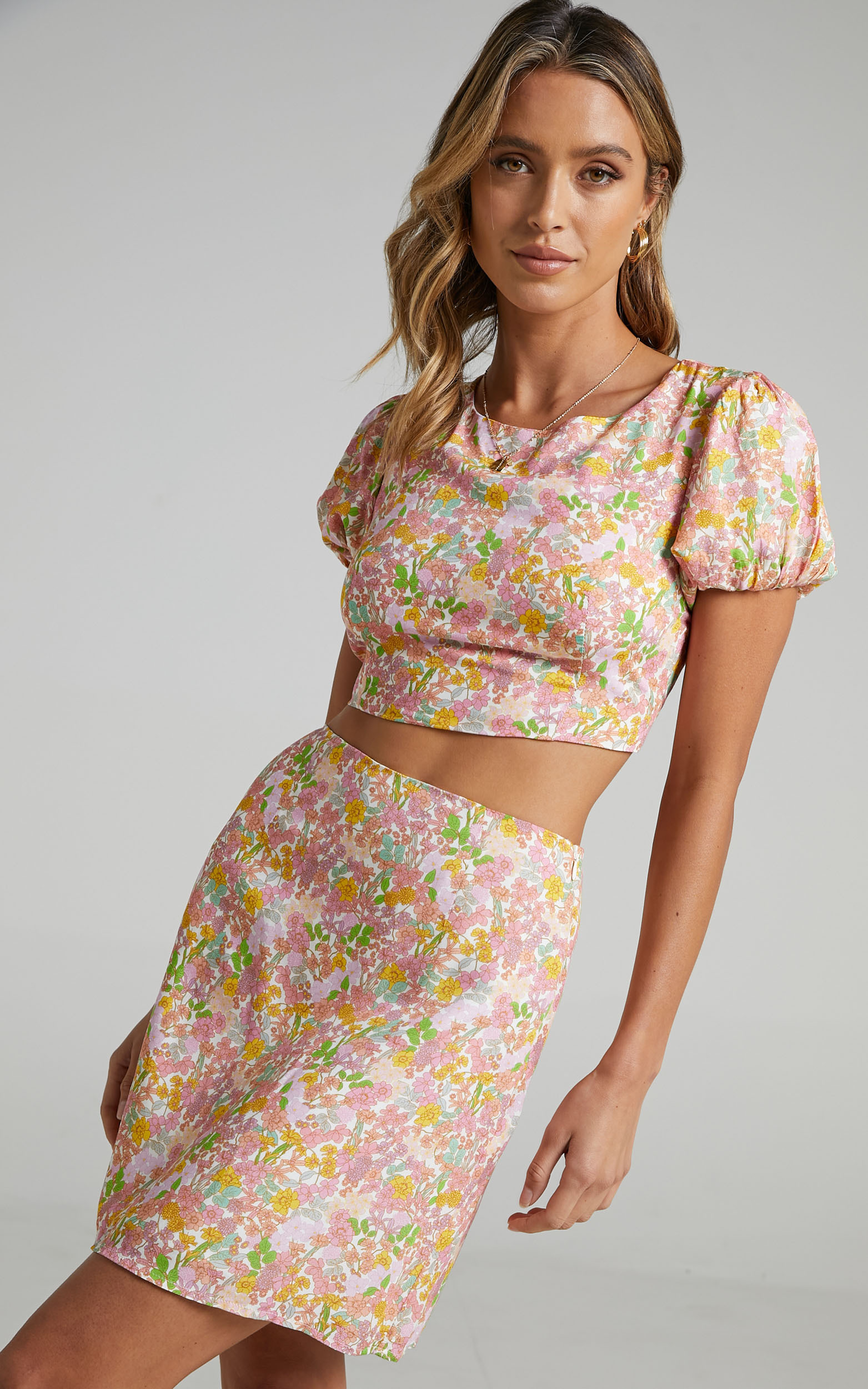 Caressa Two Piece Set in Flower Field - 06, PNK1, hi-res image number null