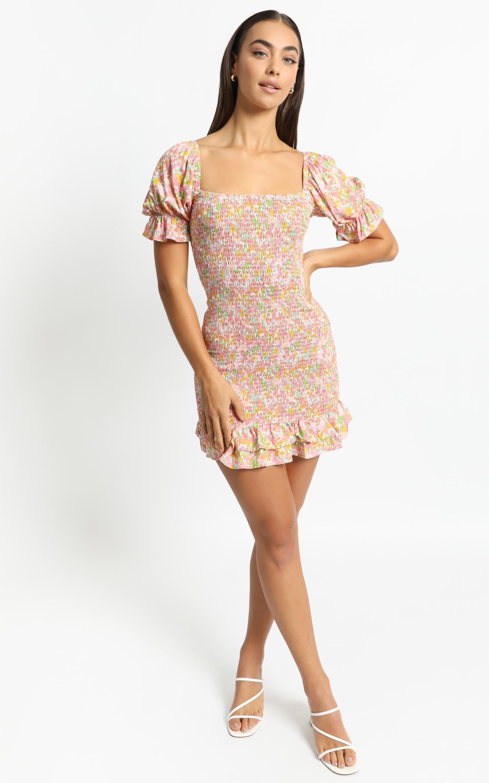Lilja Dress in Flower Field - 6 (XS), Pink, hi-res image number null