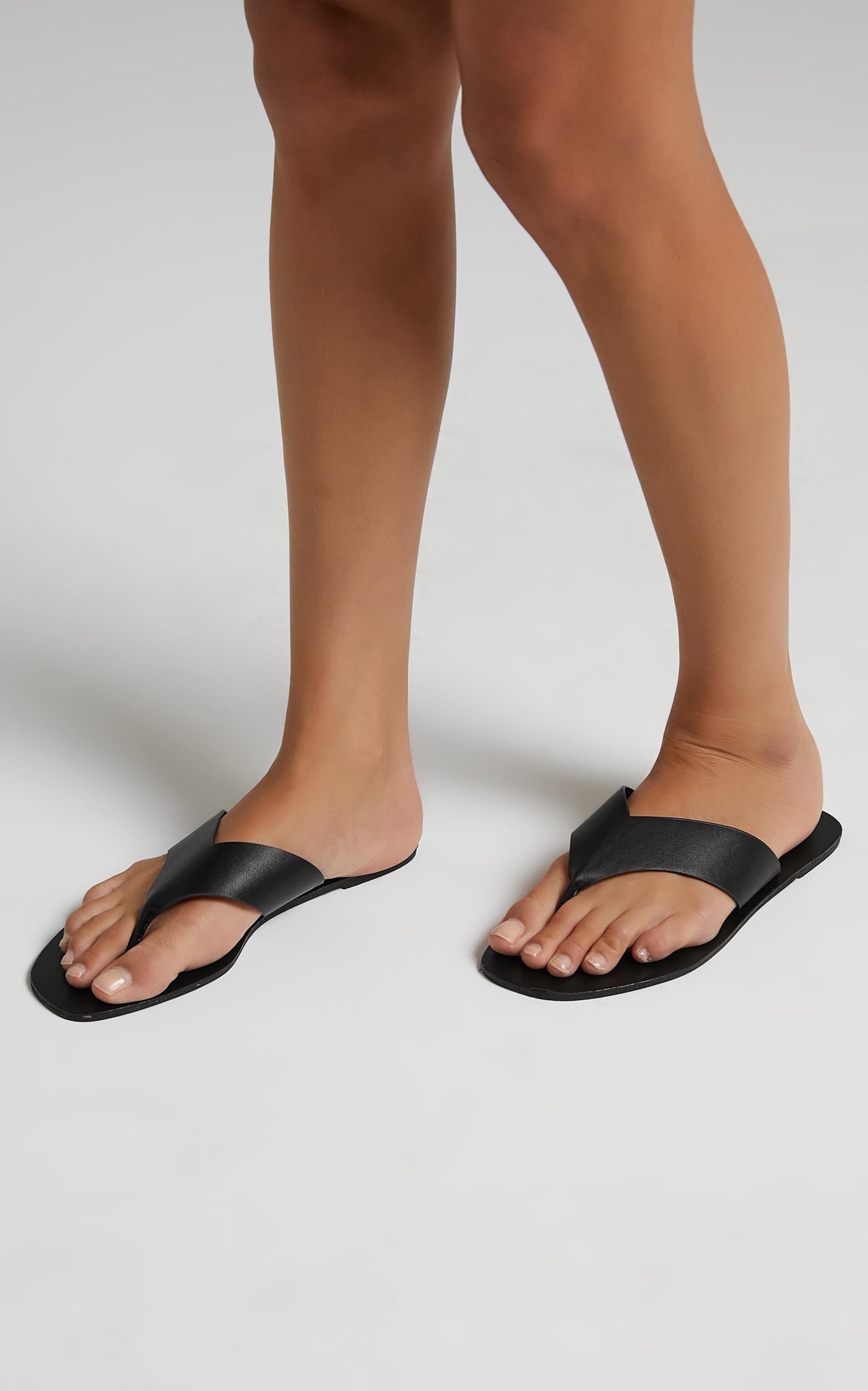 Billini - Gray Sandals in Black - 05, BLK1, hi-res image number null