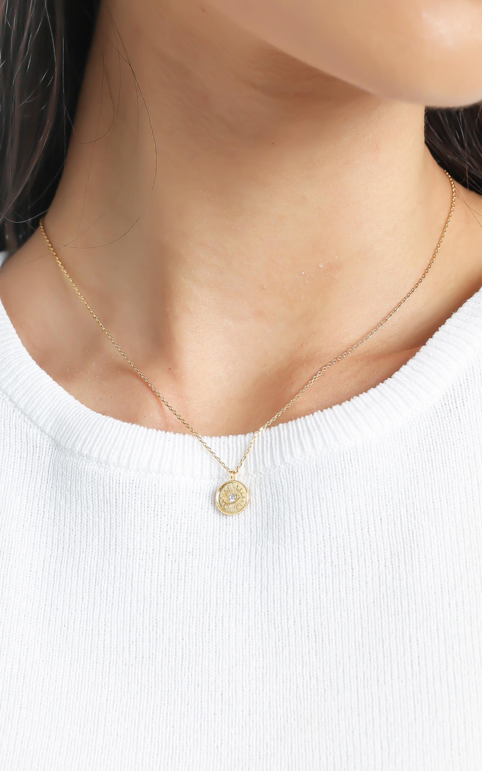 Jolie & Deen - Emilia Eye Necklace in Gold, , hi-res image number null