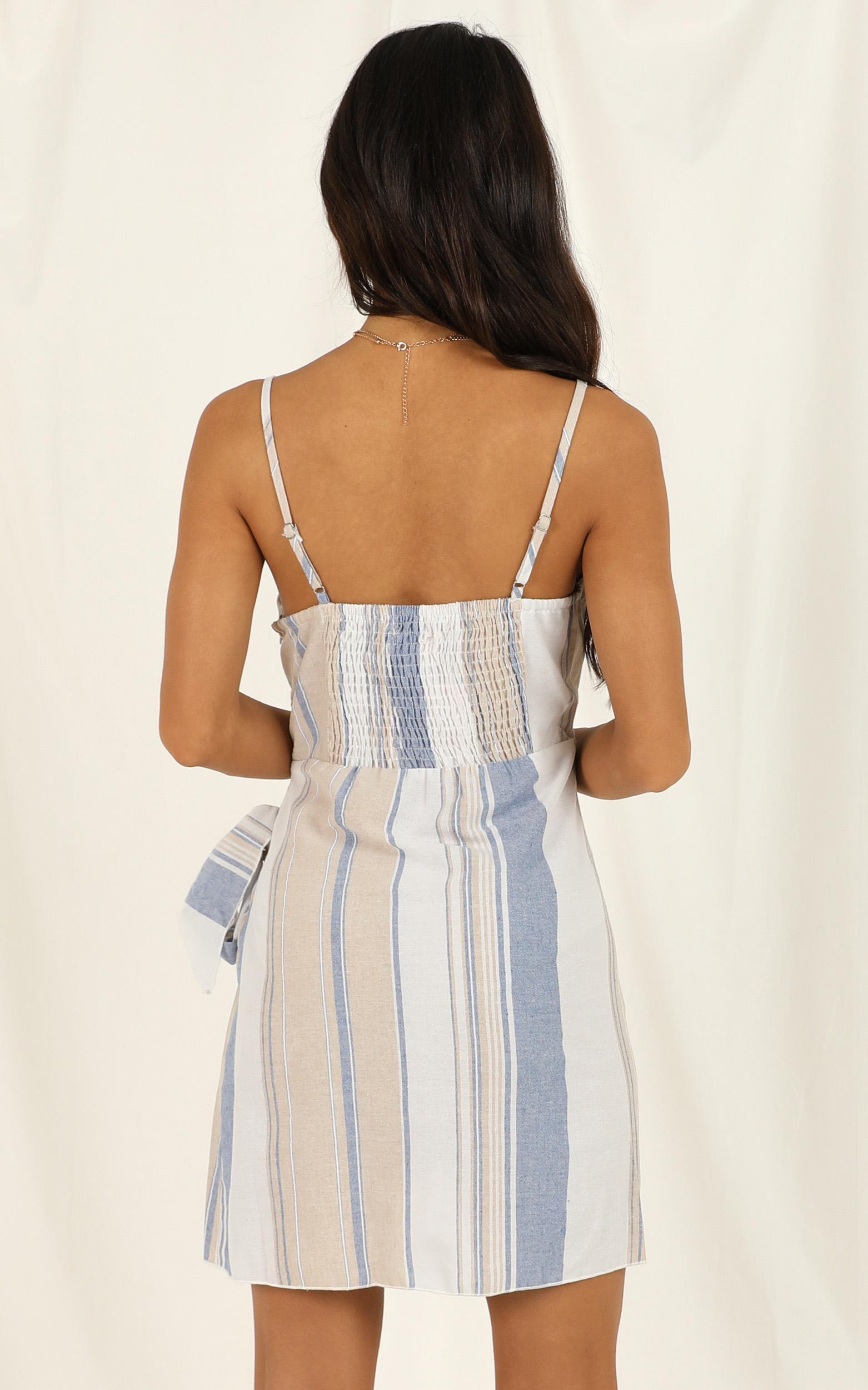 Accelerate dress in blue stripe linen look - 12 (L), Blue, hi-res image number null