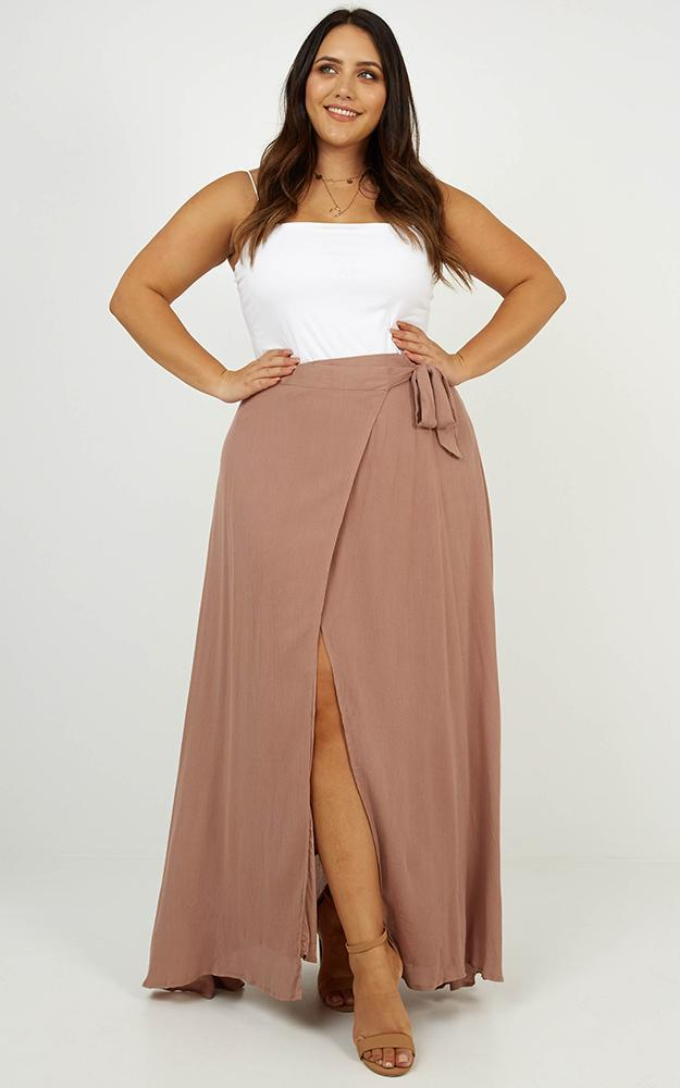 Break A Leg maxi skirt in mocha - 6 (XS), Neutral, hi-res image number null