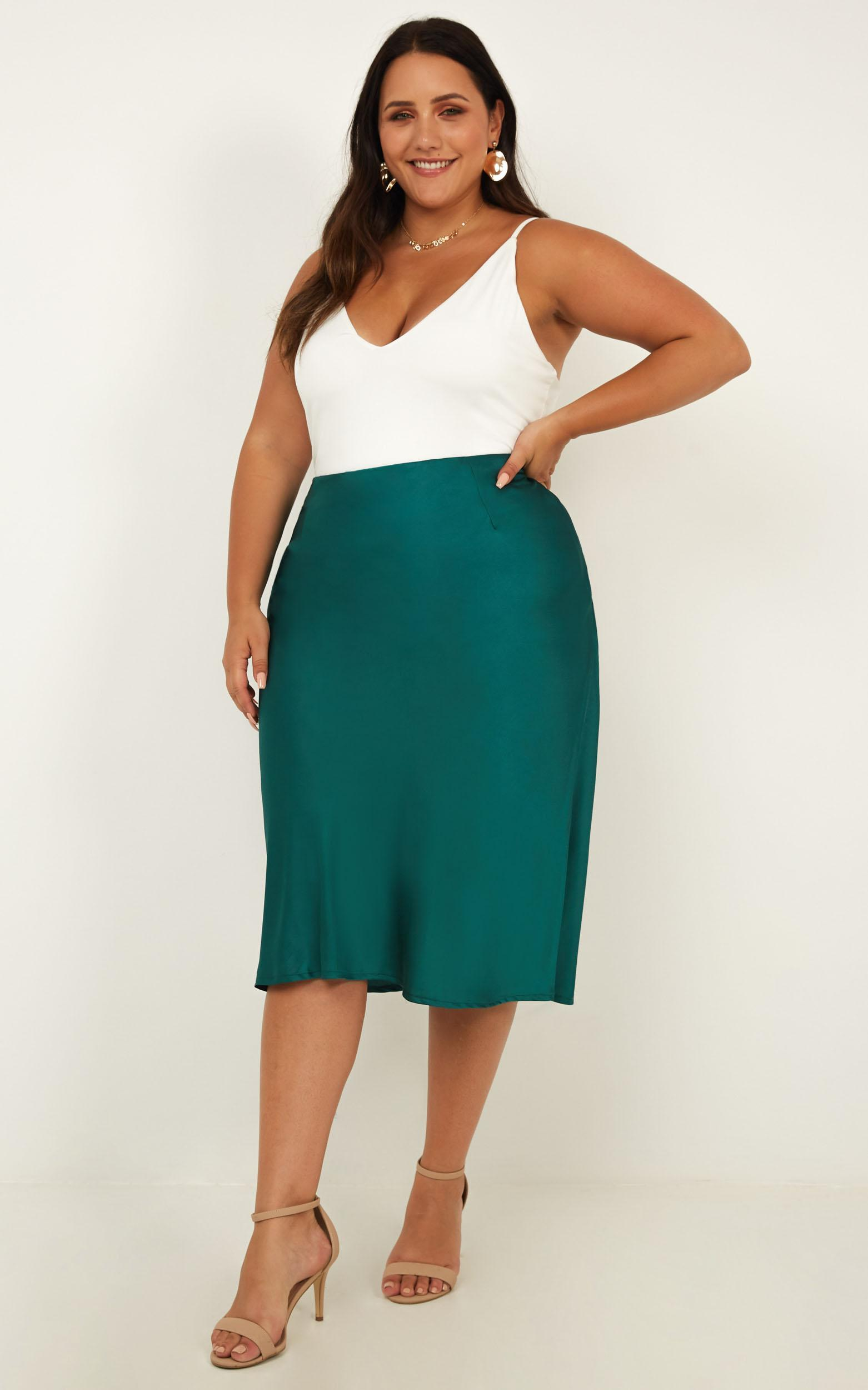 Creating Art skirt in green satin - 6 (XS), Green, hi-res image number null
