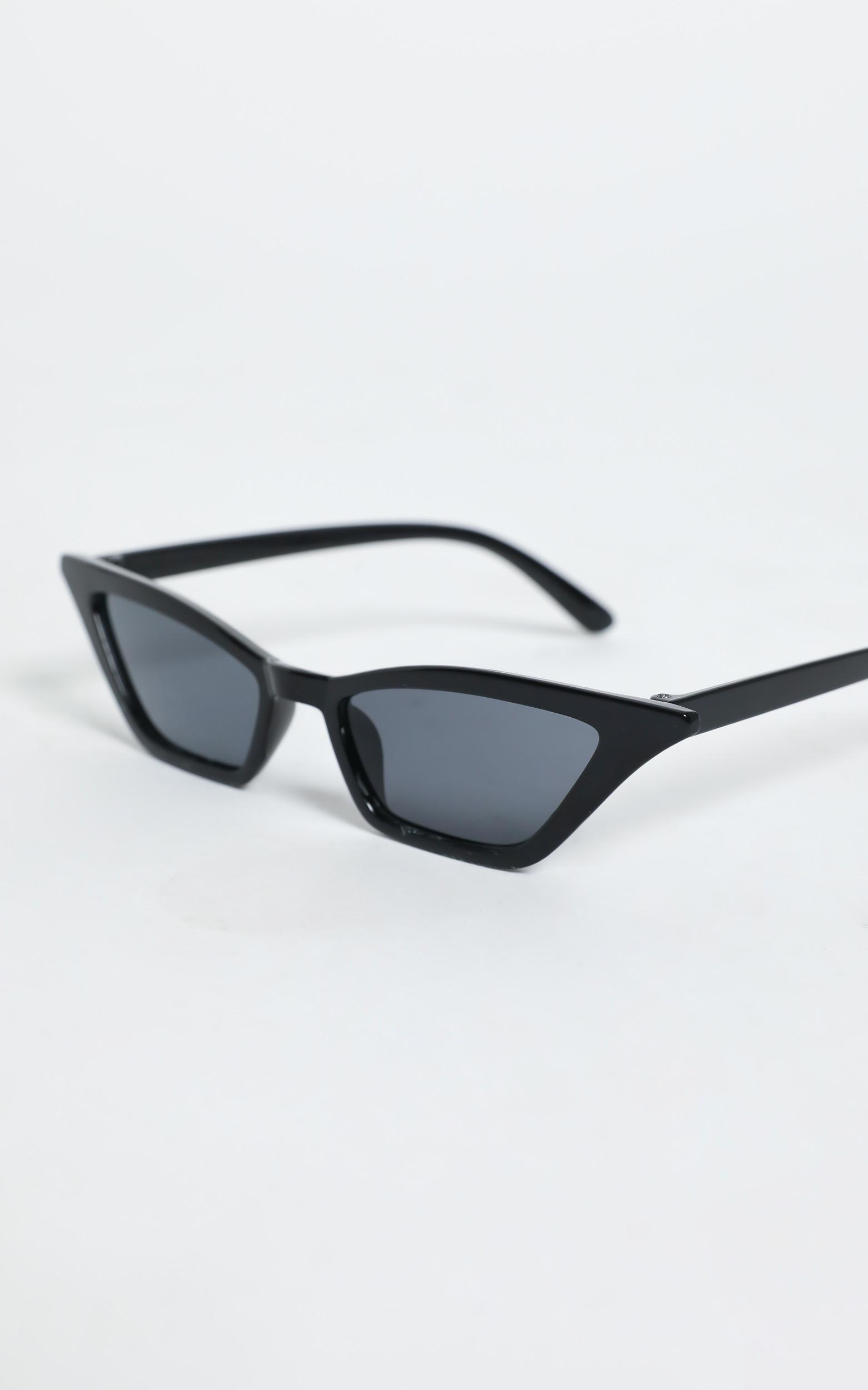 Carmela Sunglasses in Black, Black, hi-res image number null
