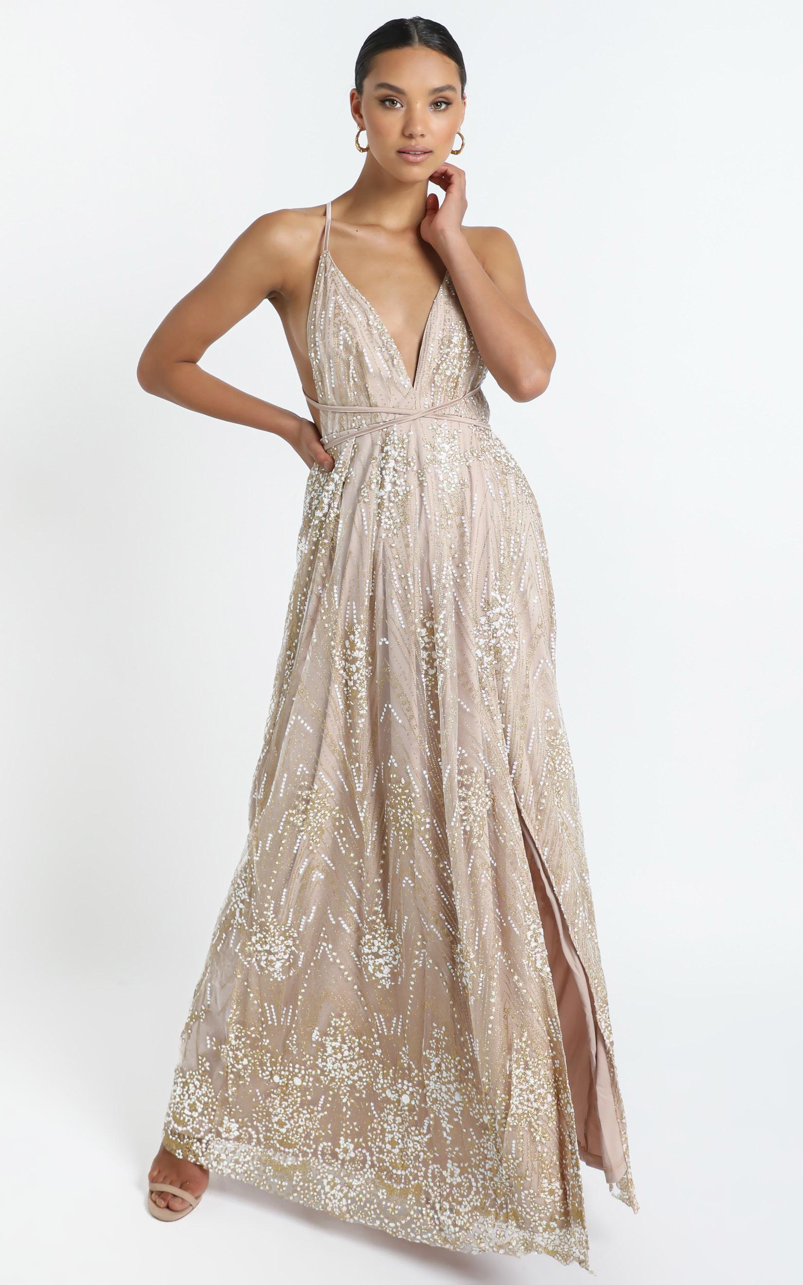 New York Nights Maxi Dress In Gold - 16 (XXL), Gold, hi-res image number null